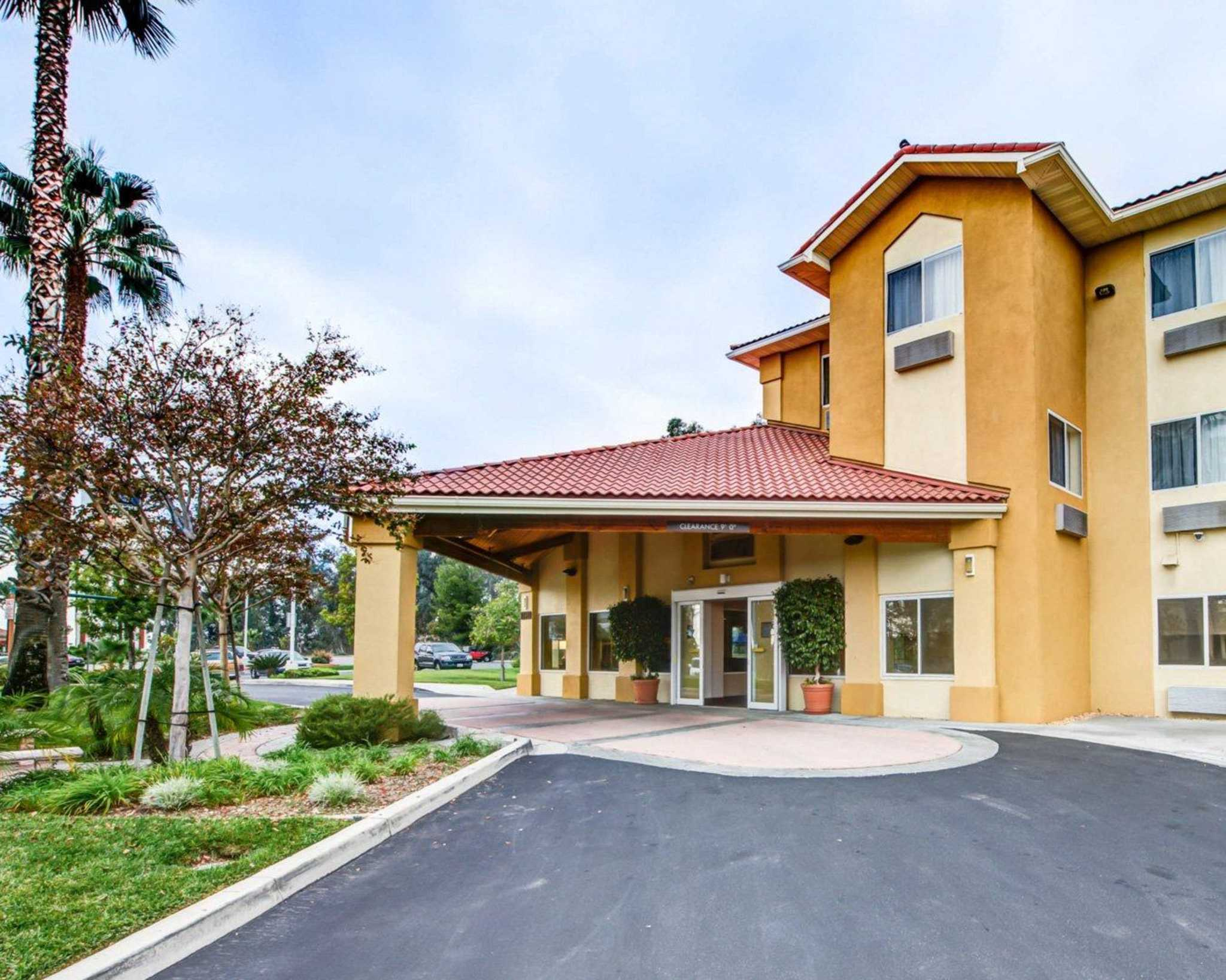Motels Fontana Ca