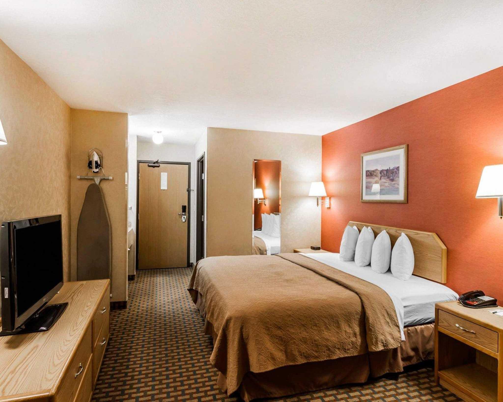 Quality Inn & Suites Surprise Near Sun City West image 15