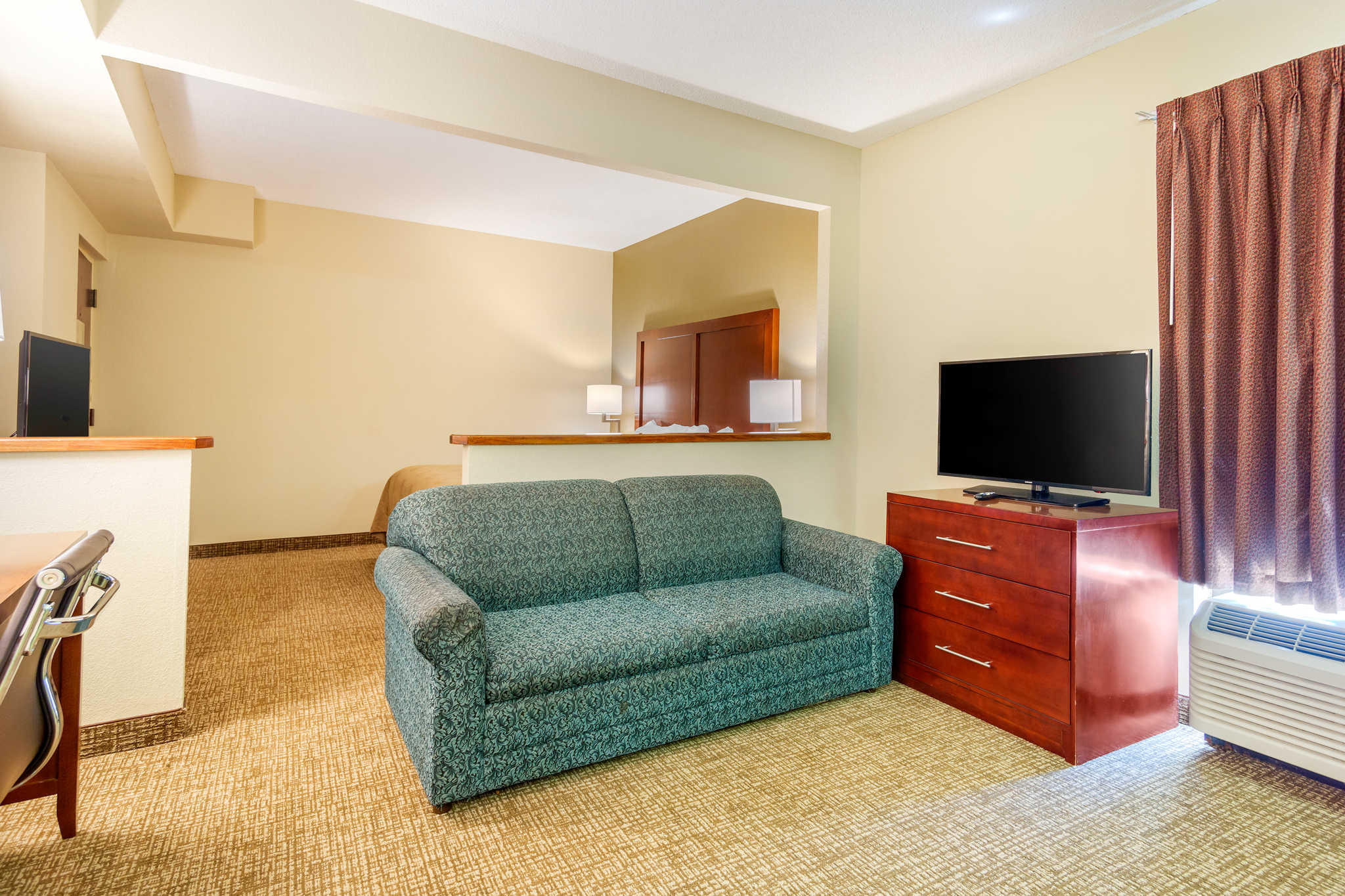 Quality Inn & Suites Olde Town image 31