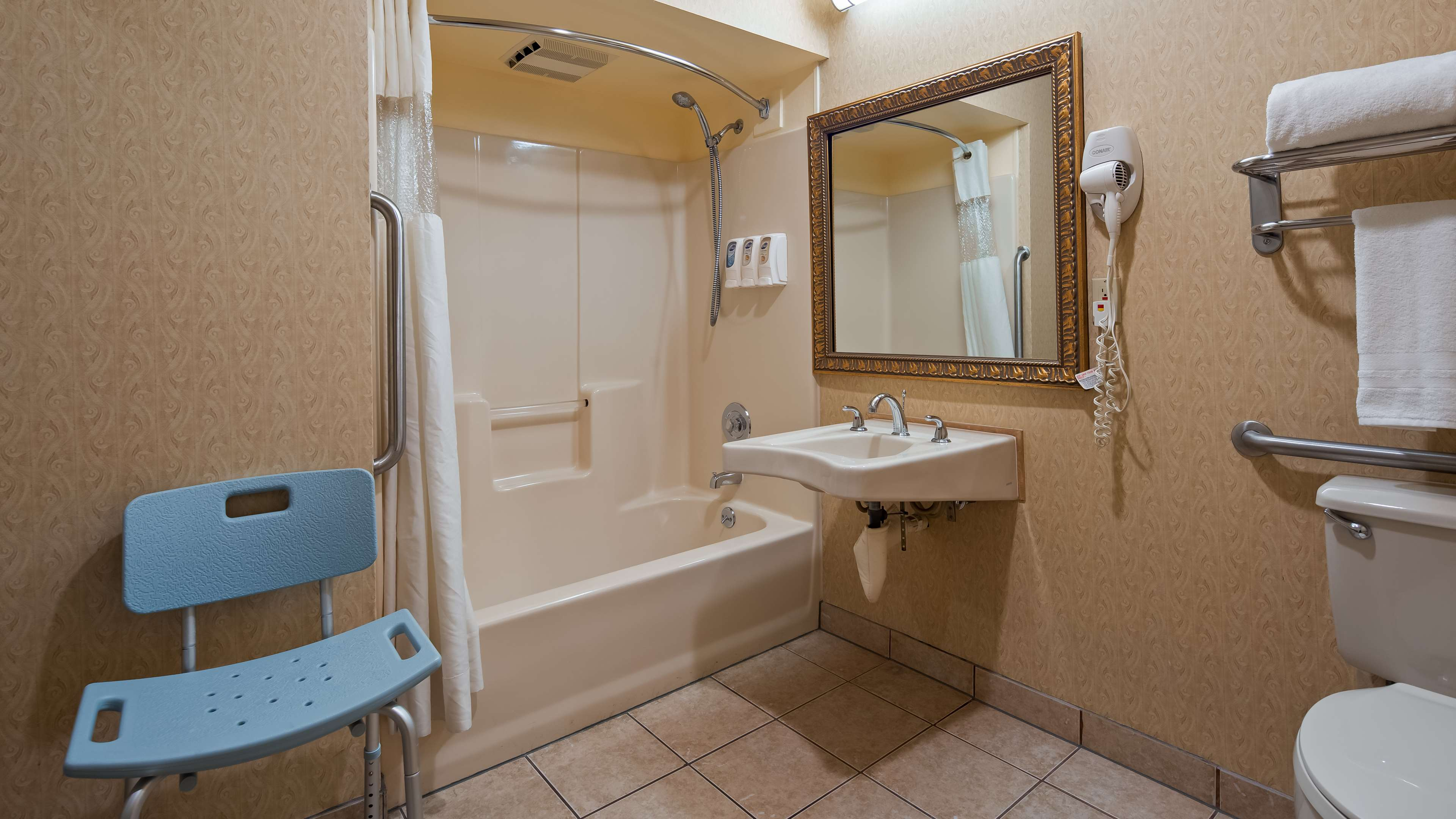 Best Western Inn & Suites image 11