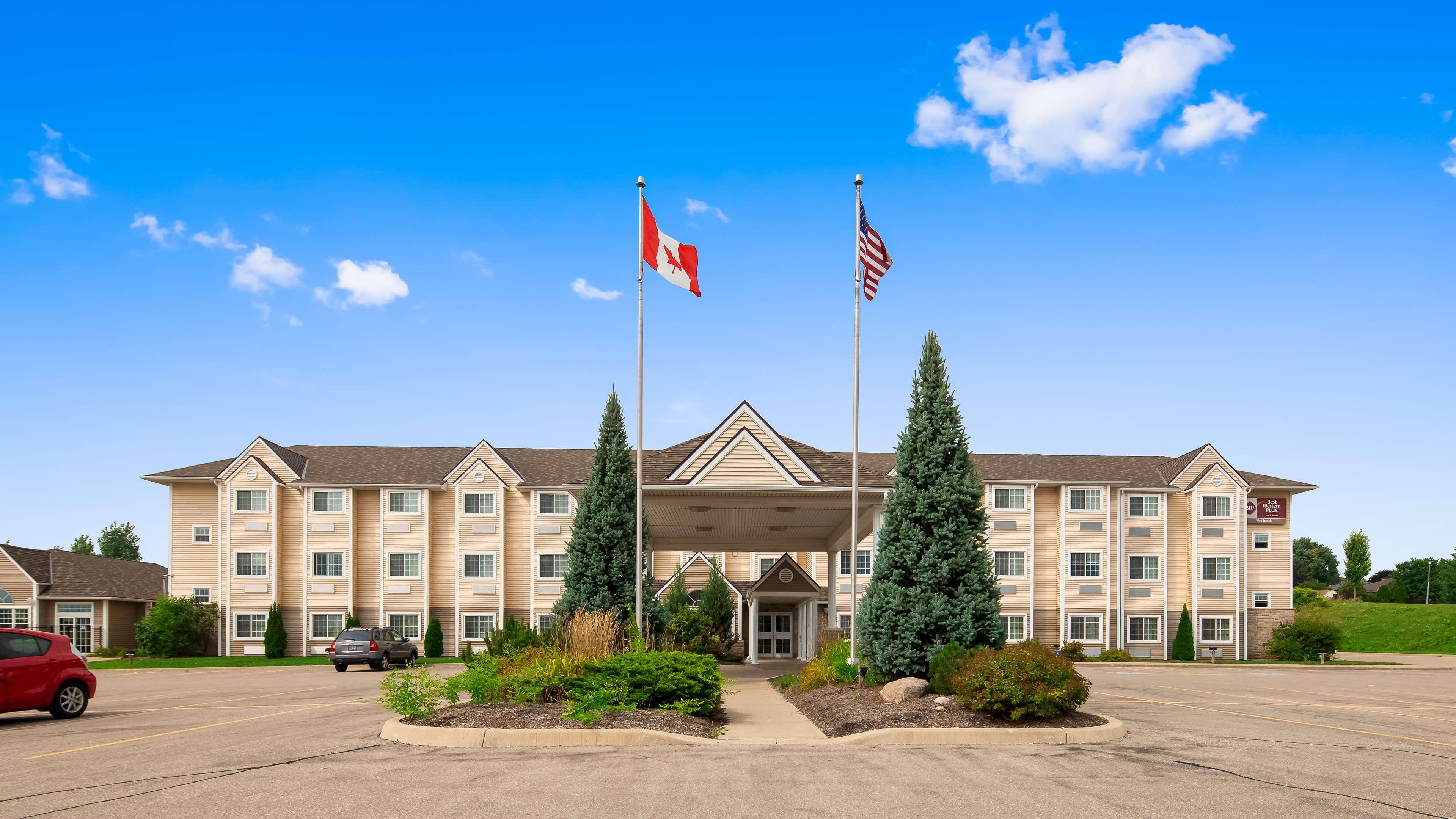 Best Western Plus Woodstock Inn & Suites