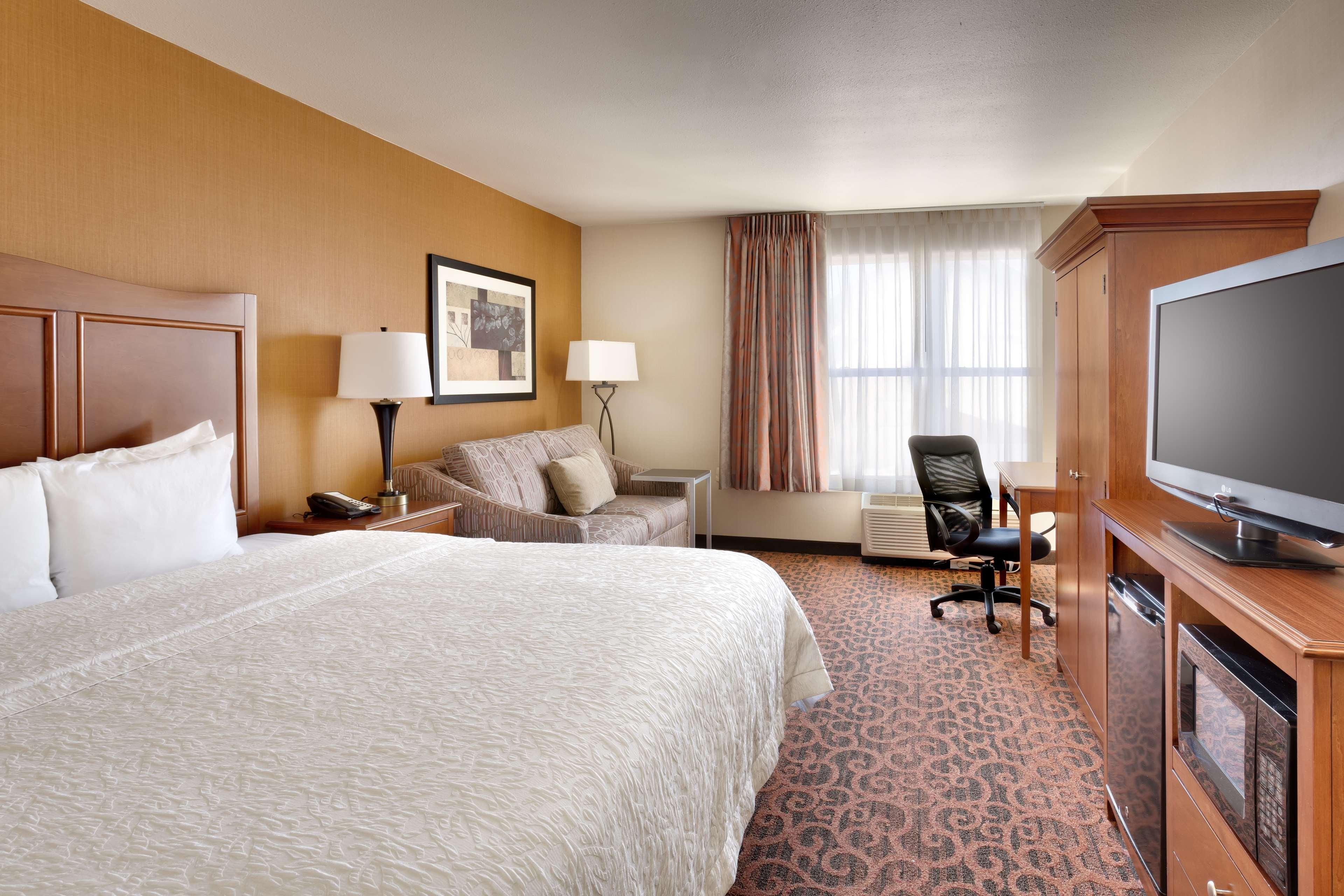 Hampton Inn & Suites Orem image 18