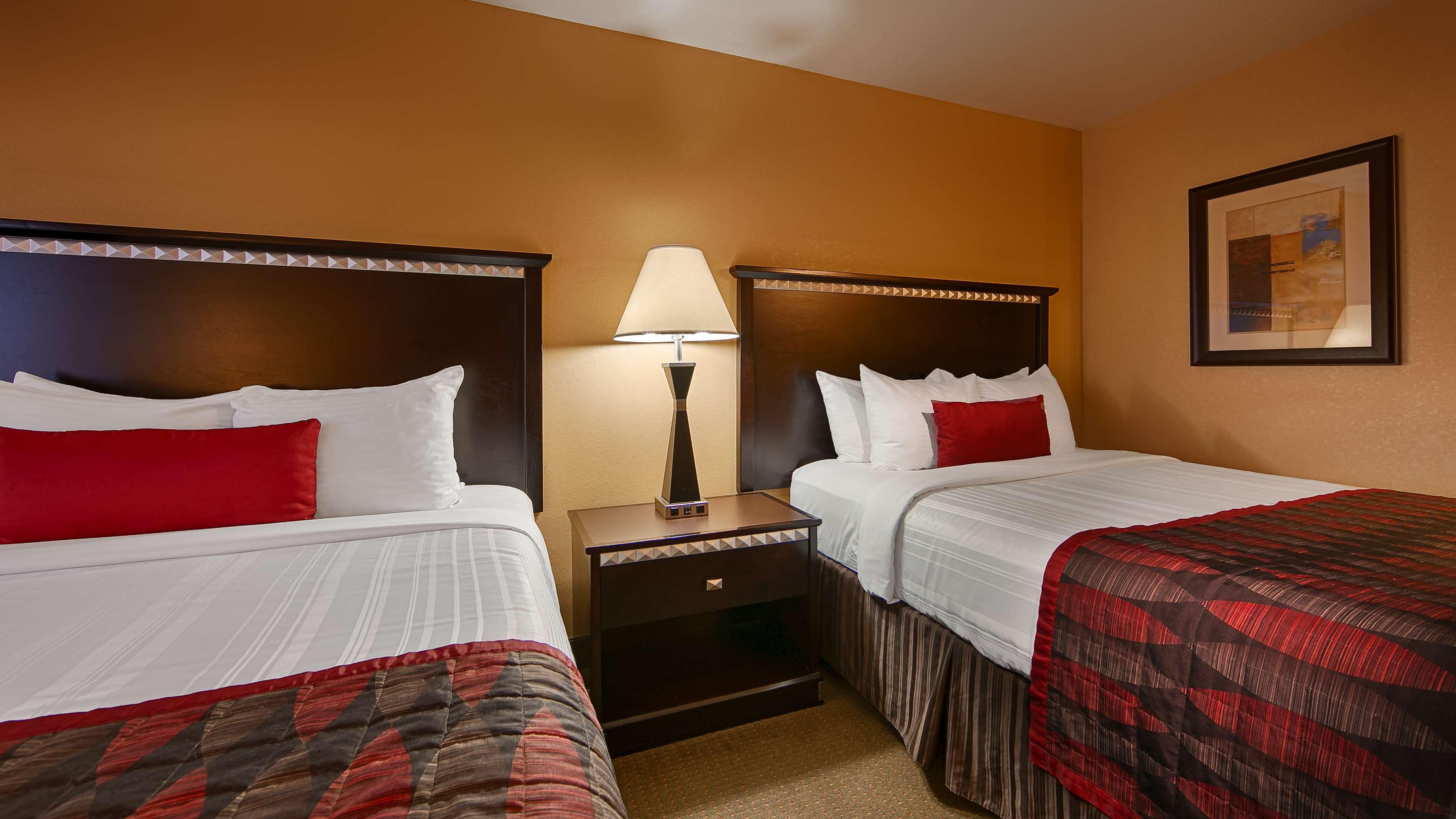 Best Western Plus Bessemer Hotel & Suites image 11