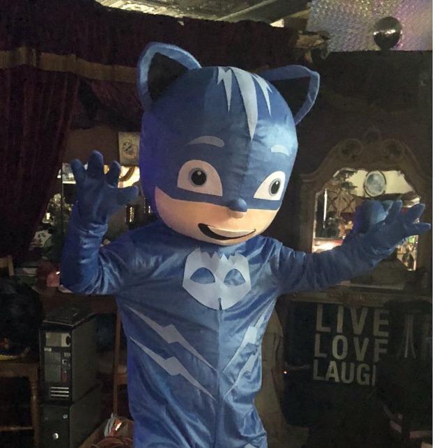 Hire Costume Characters & Singing Telegrams