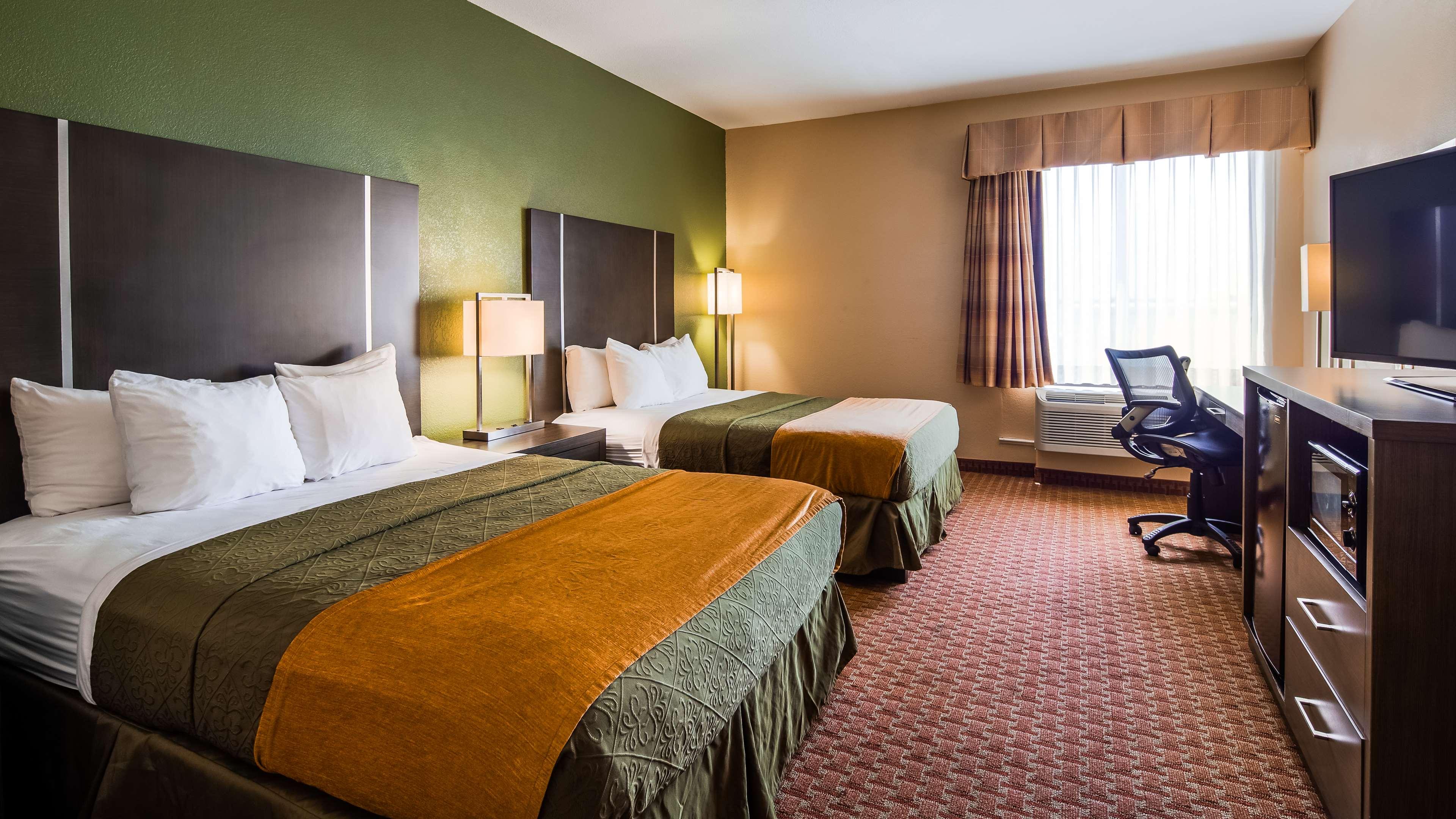 Best Western Plus North Houston Inn & Suites image 21