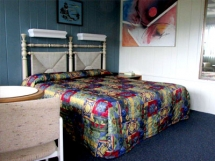 Harborside Motel image 2