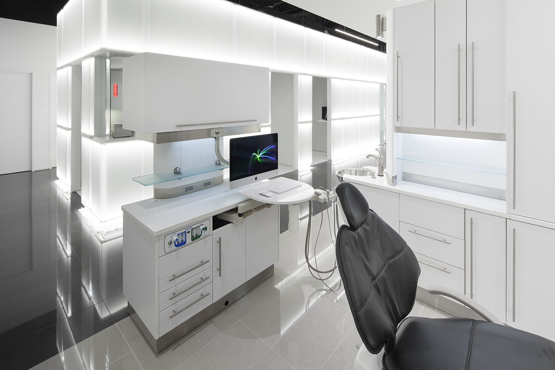 Sinada Dental image 3