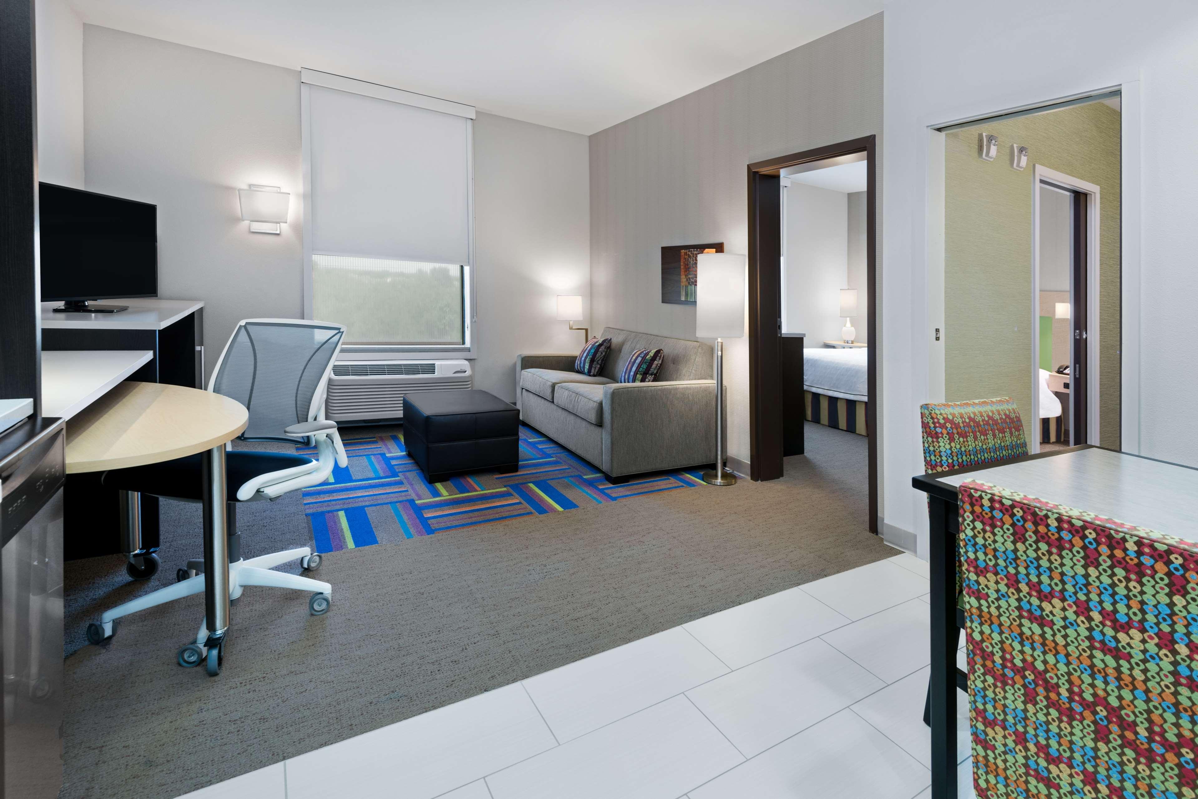 Home2 Suites by Hilton Austin Airport image 19