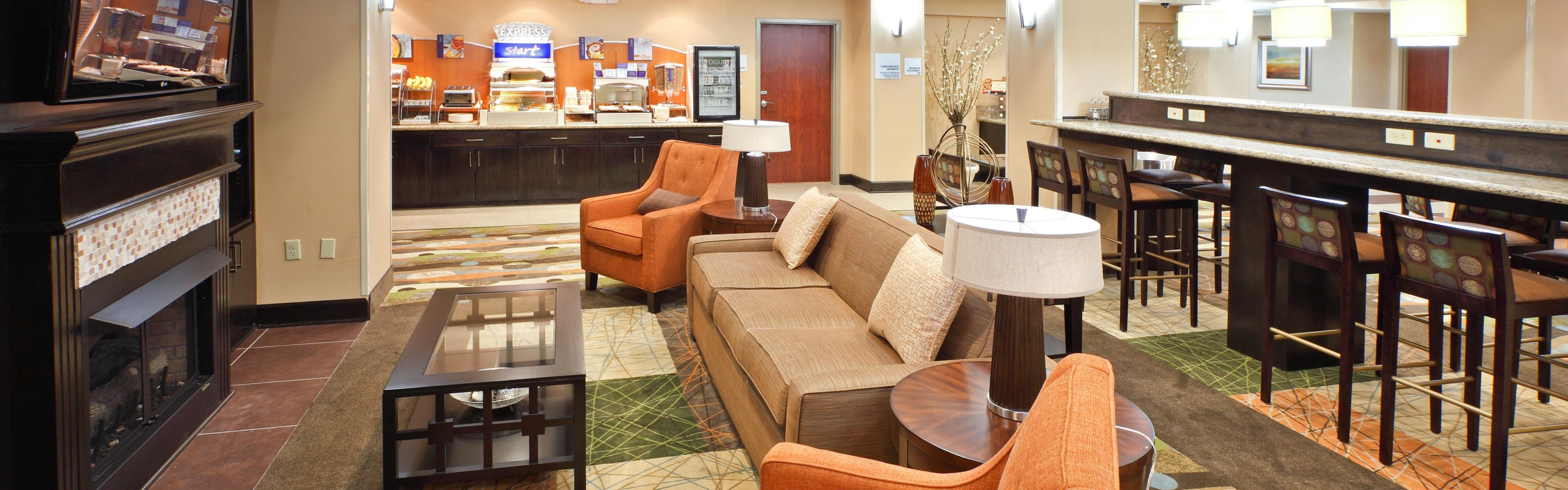 Holiday Inn Express & Suites Maumelle - Little Rock NW image 3
