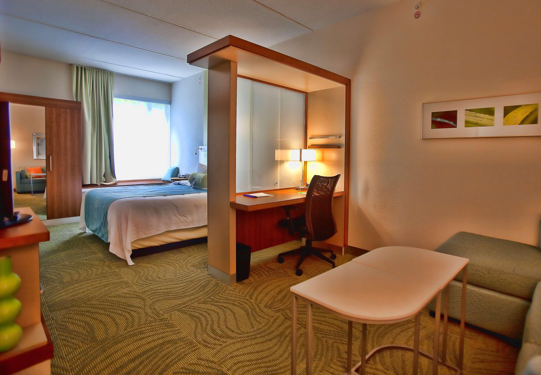 SpringHill Suites by Marriott Houston Rosenberg image 5