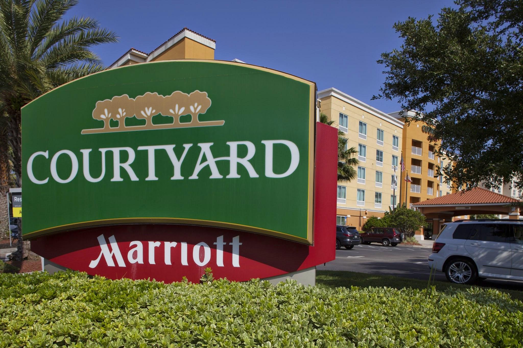 Courtyard by Marriott Jacksonville Orange Park image 3