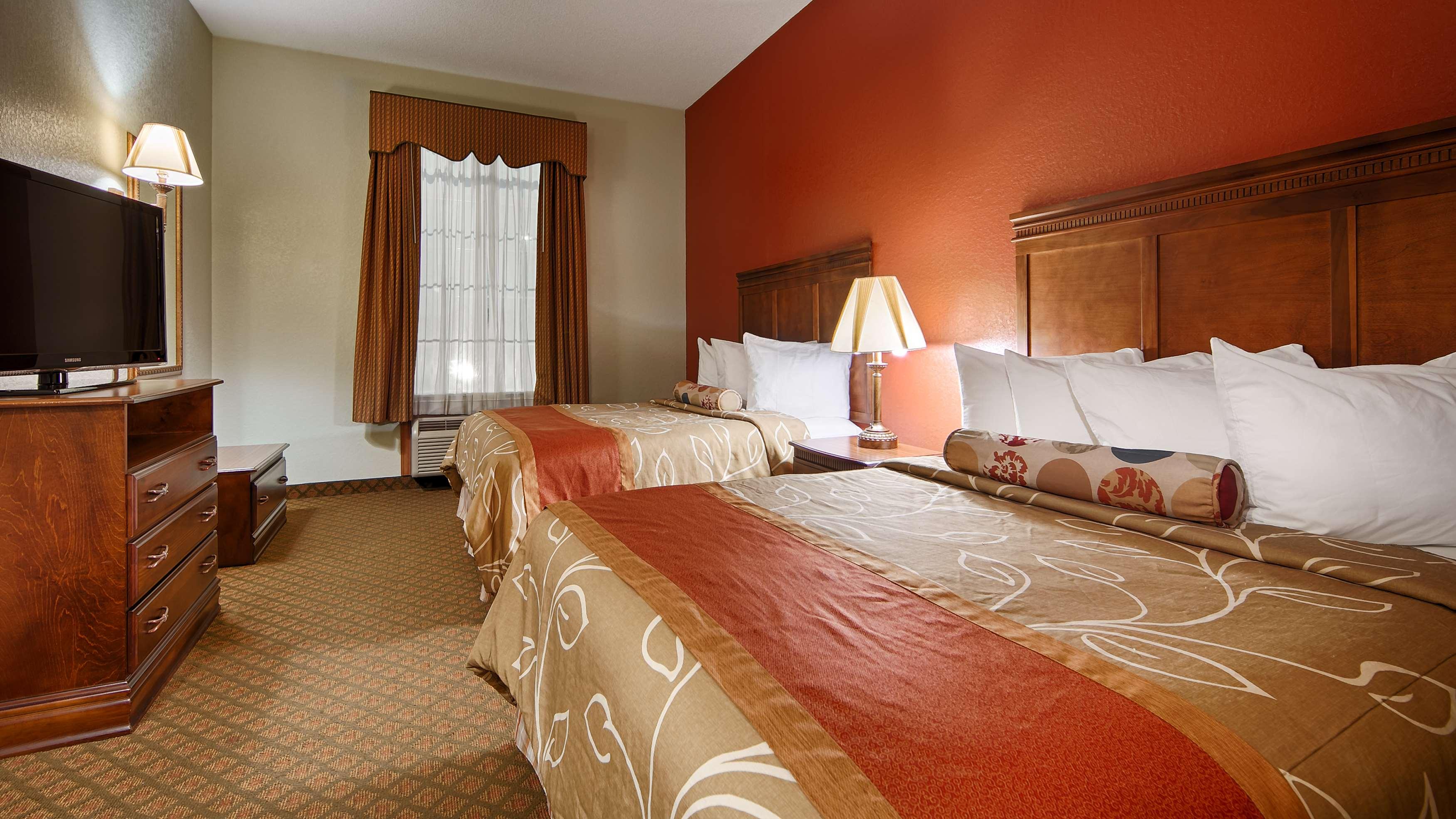 Best Western Plus Bradbury Inn & Suites image 15