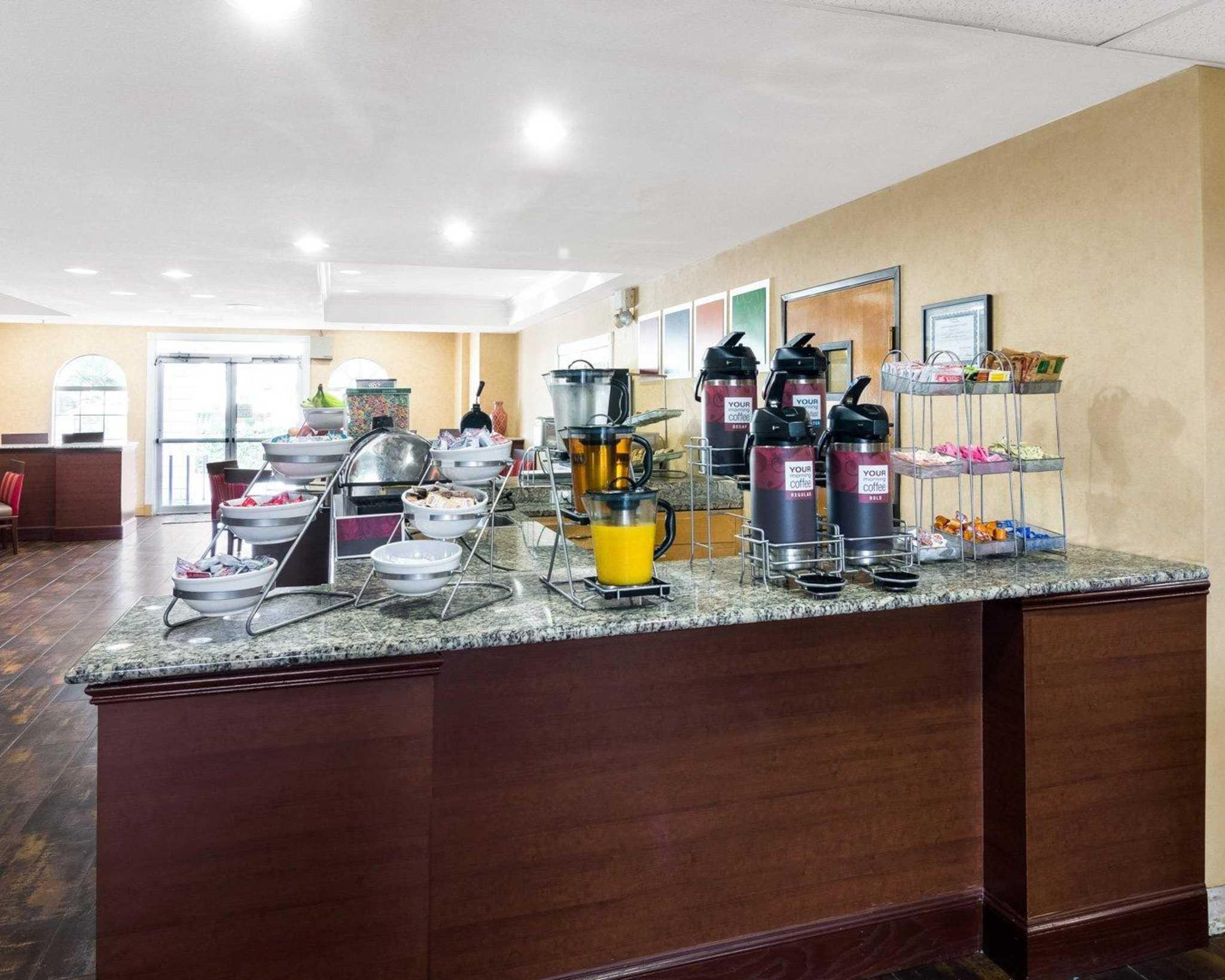 Comfort Suites Las Colinas Center image 19