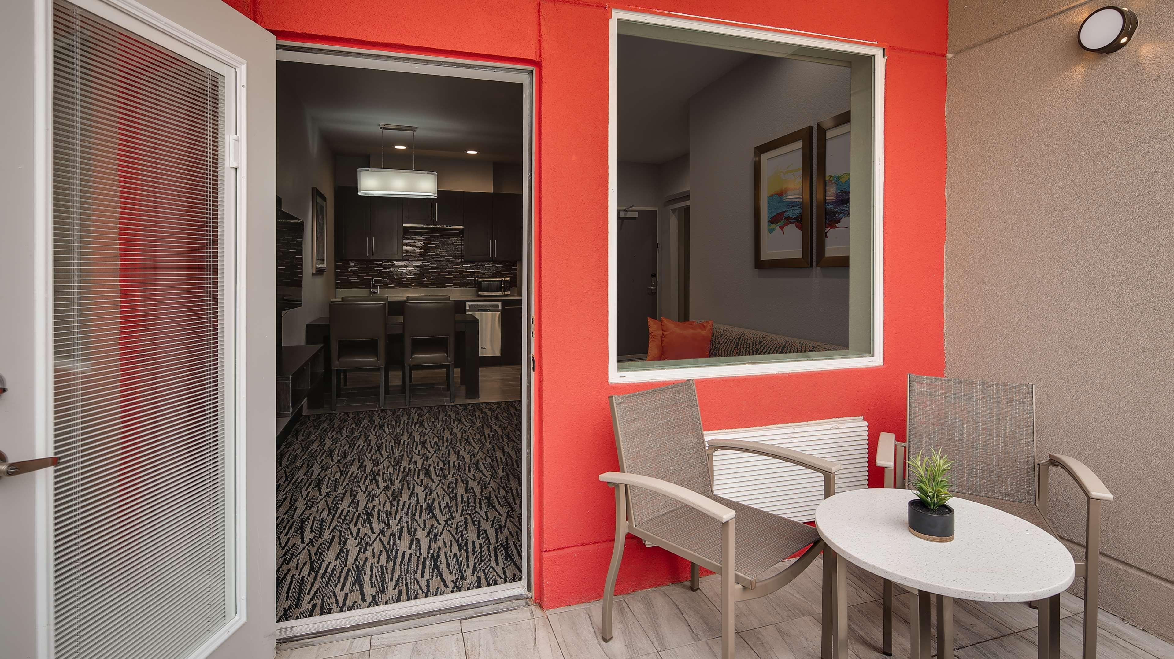 Best Western Plus Executive Residency Baytown image 42