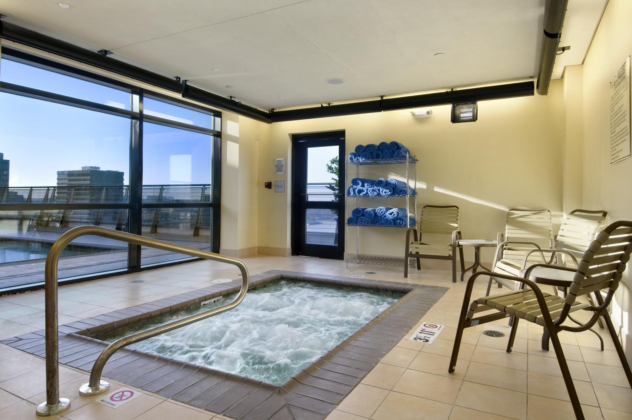 Hilton Shreveport Whirlpool