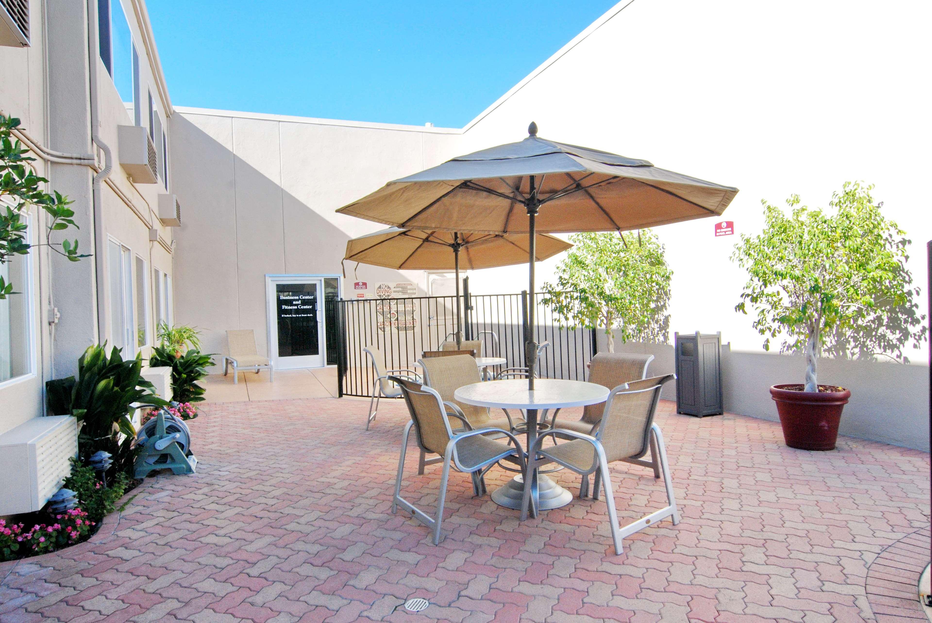 Best Western Canoga Park Motor Inn - Canoga Park, CA ...