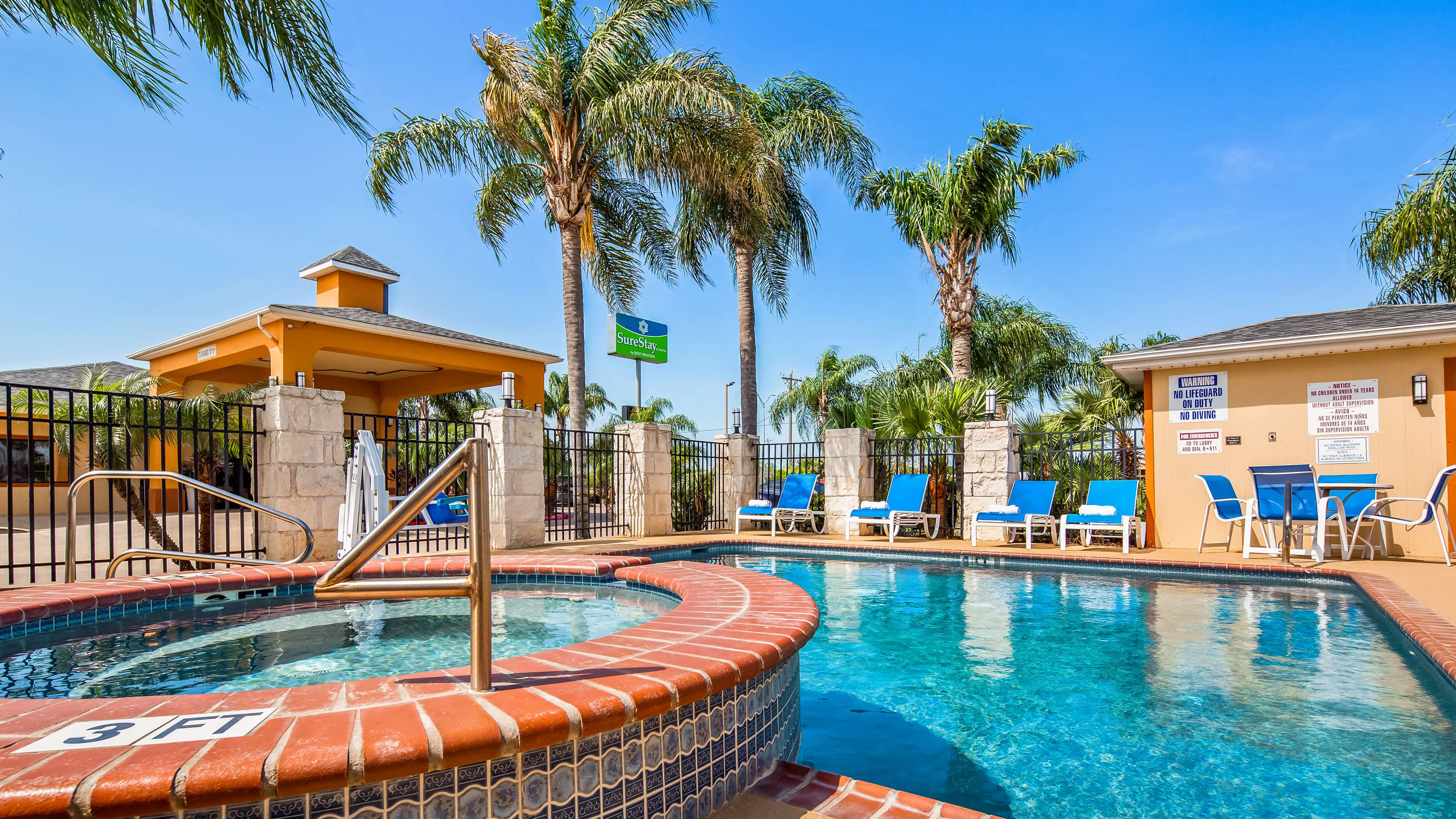 SureStay Hotel by Best Western Falfurrias image 24