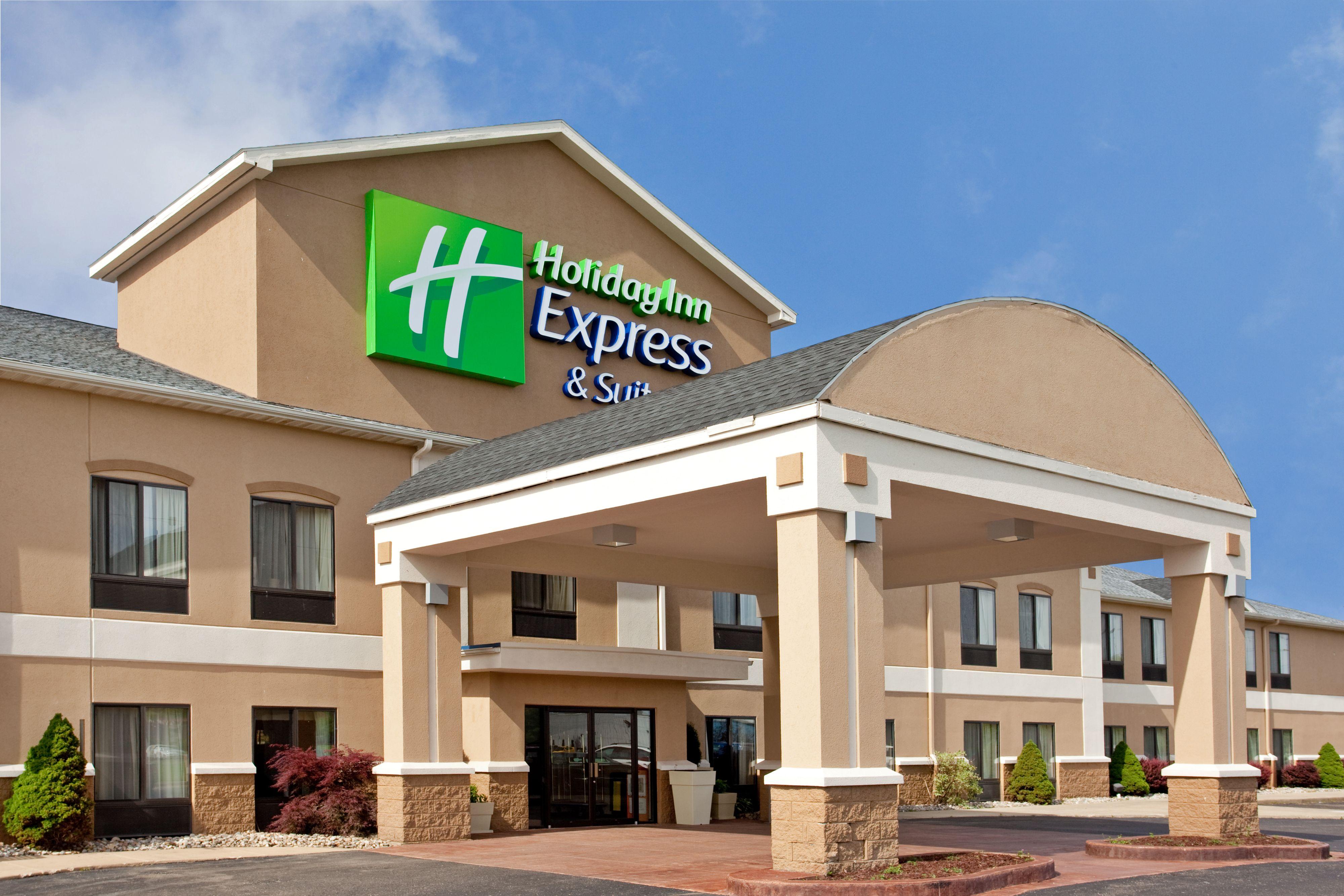 Holiday Inn Express & Suites Thornburg-S. Fredericksburg image 4