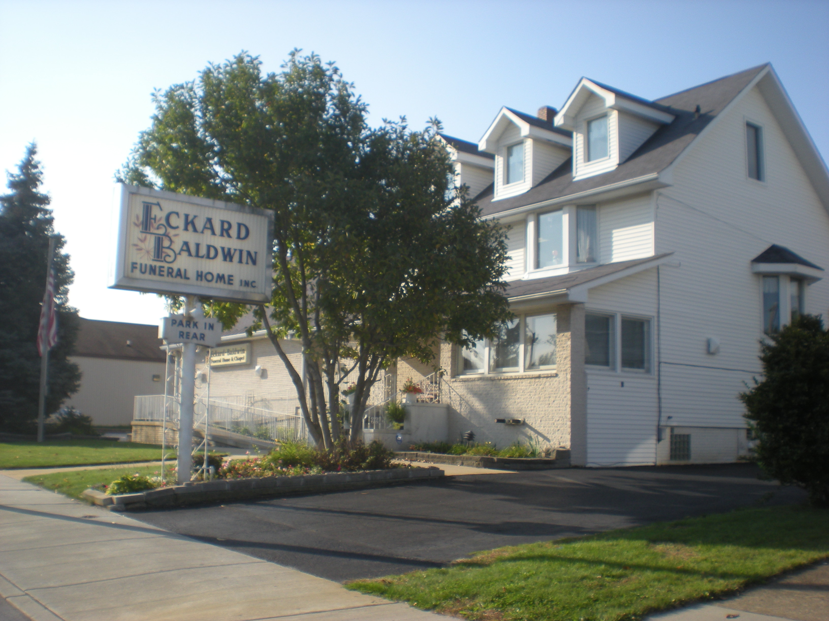 Eckard Baldwin Funeral Home & Chapel image 0