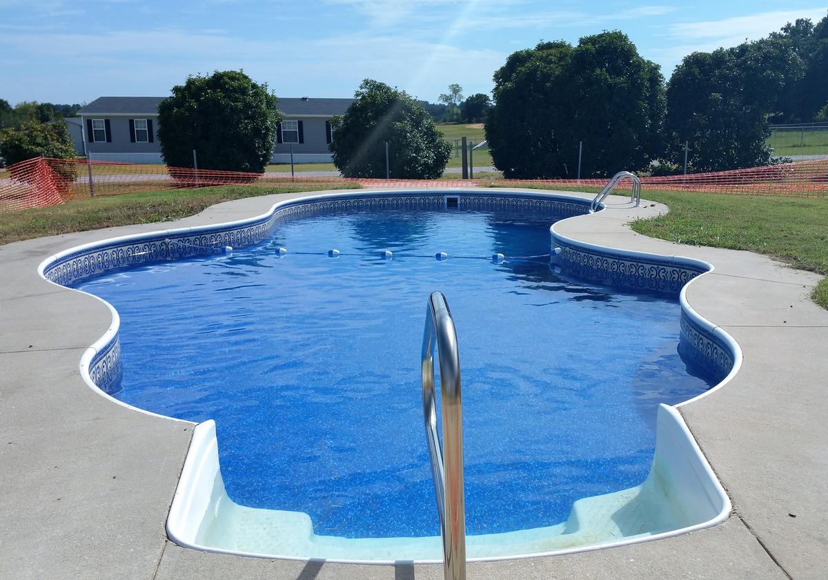 A Aqua Pools LLC image 1