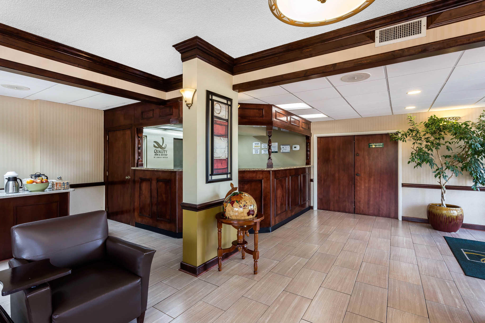 Quality Inn & Suites Mooresville-Lake Norman image 4