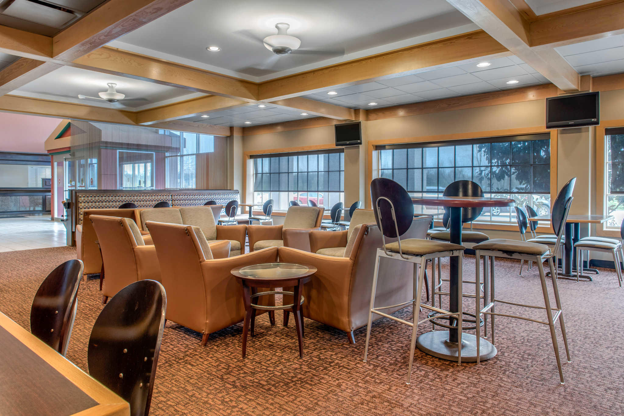 Quality Hotel - Cincinnati Blue Ash image 39