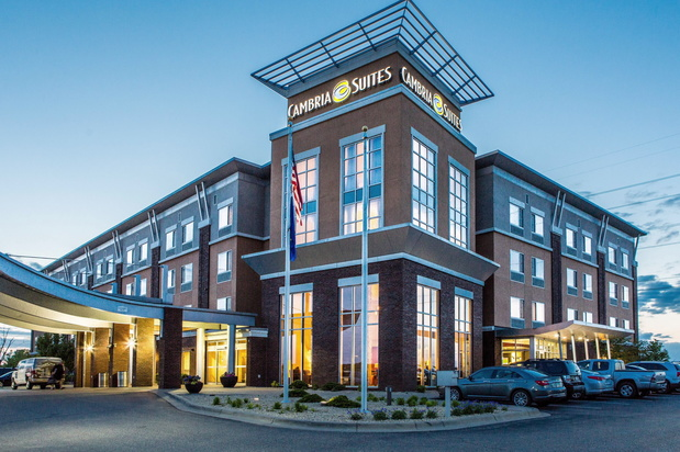 Cambria Hotel And Suites Maple Grove
