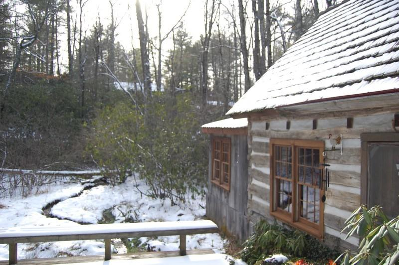 Sold - Original 1850's log home.  Sorry,  too late but call us and let us find one for you.  800-521-3712