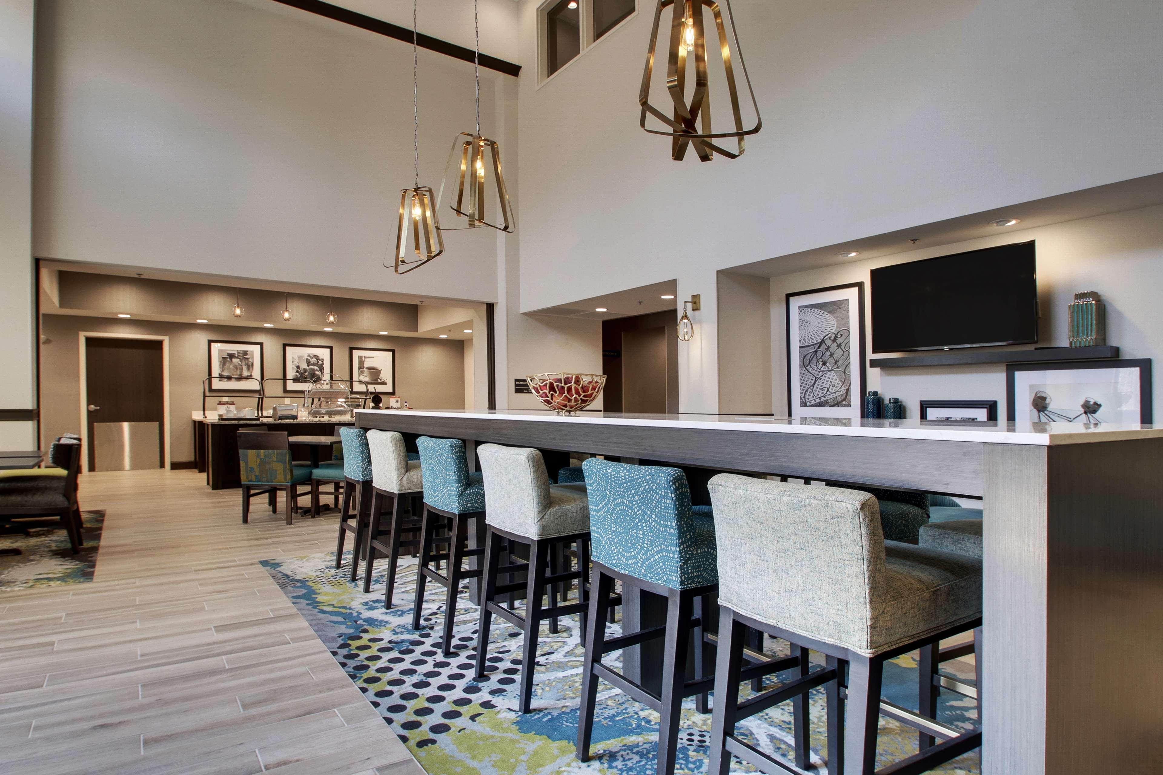 Hampton Inn & Suites Knightdale Raleigh image 1
