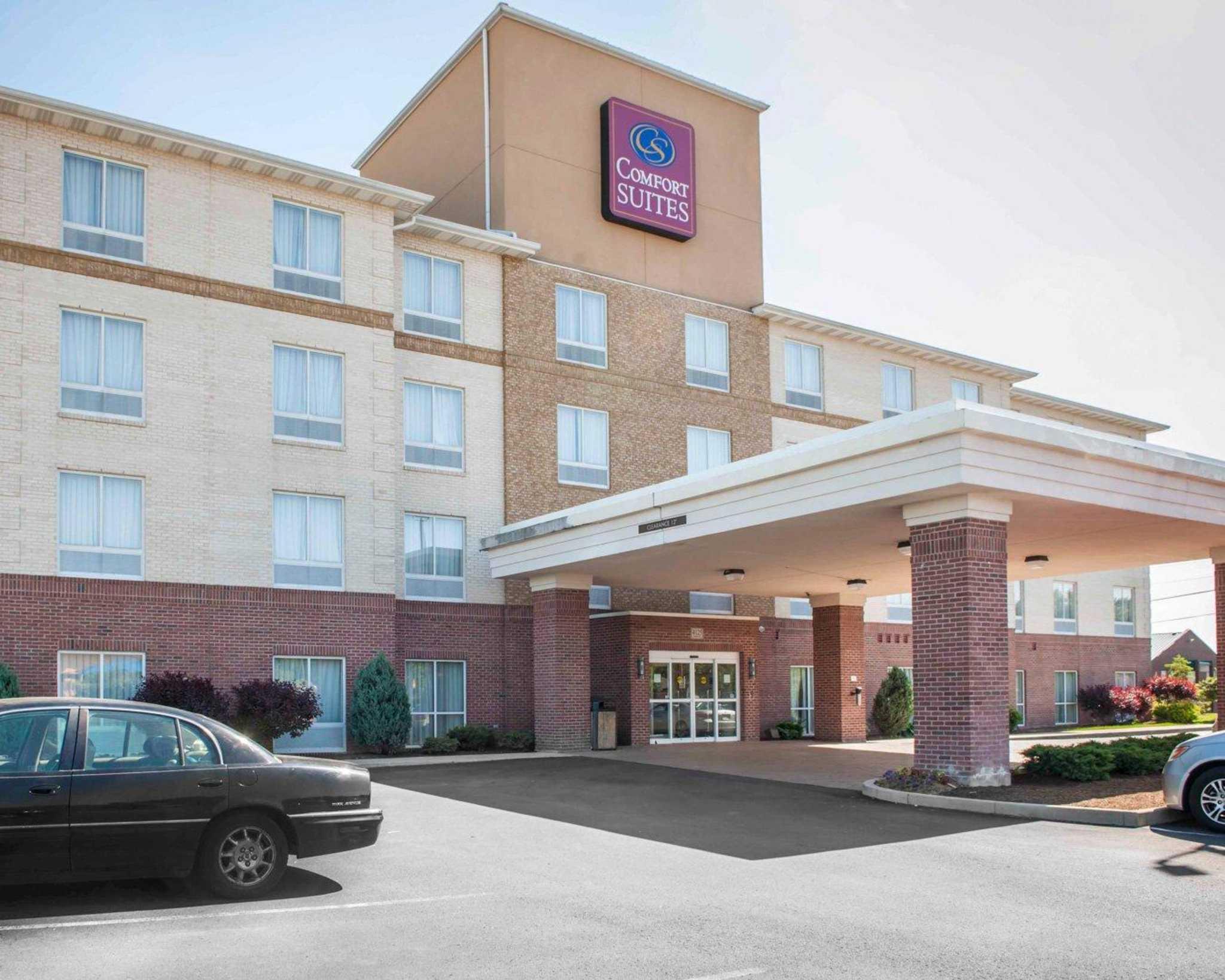 Comfort Suites Southport 4125 Kildeer Drive