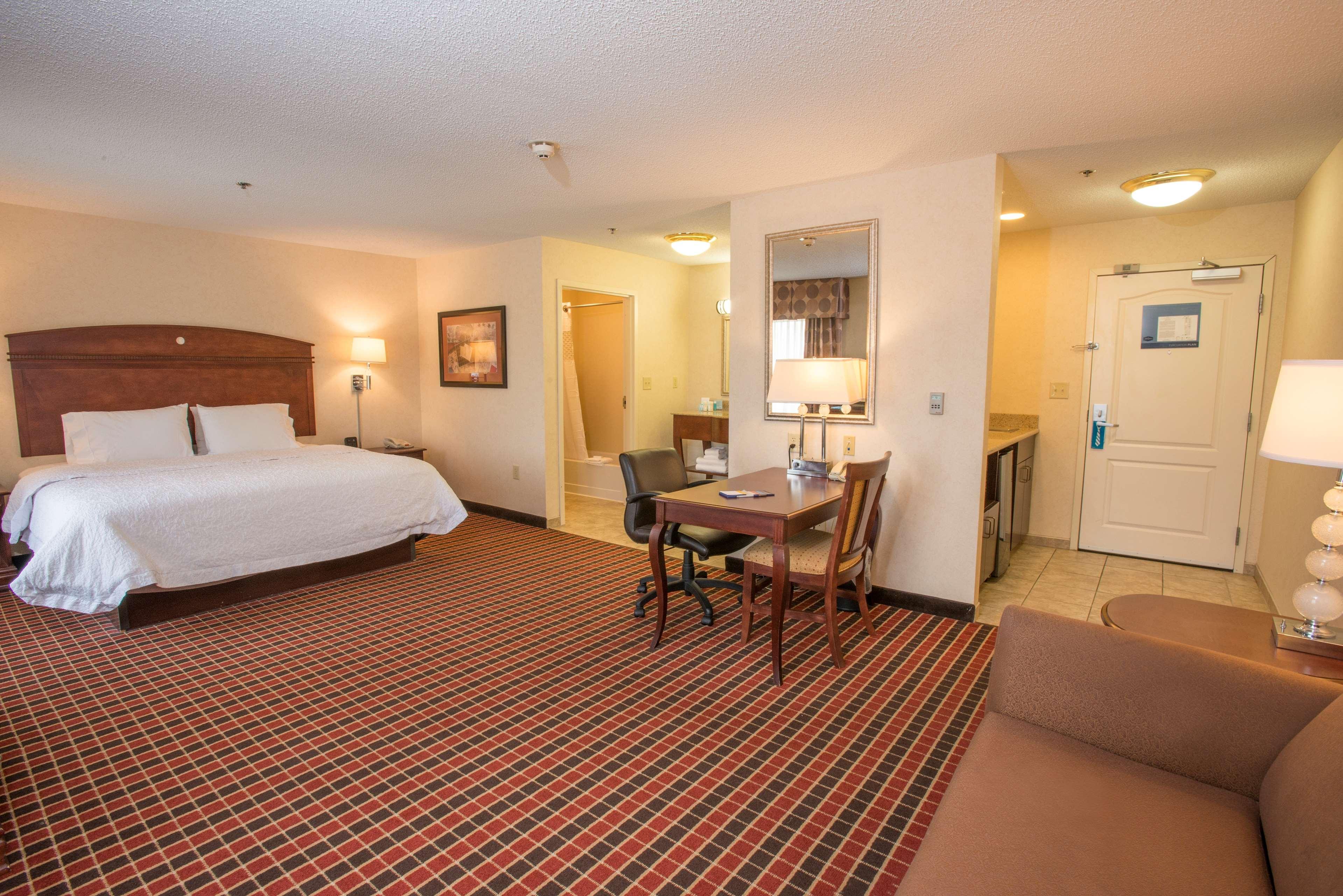 Hampton Inn & Suites Dayton-Airport image 19