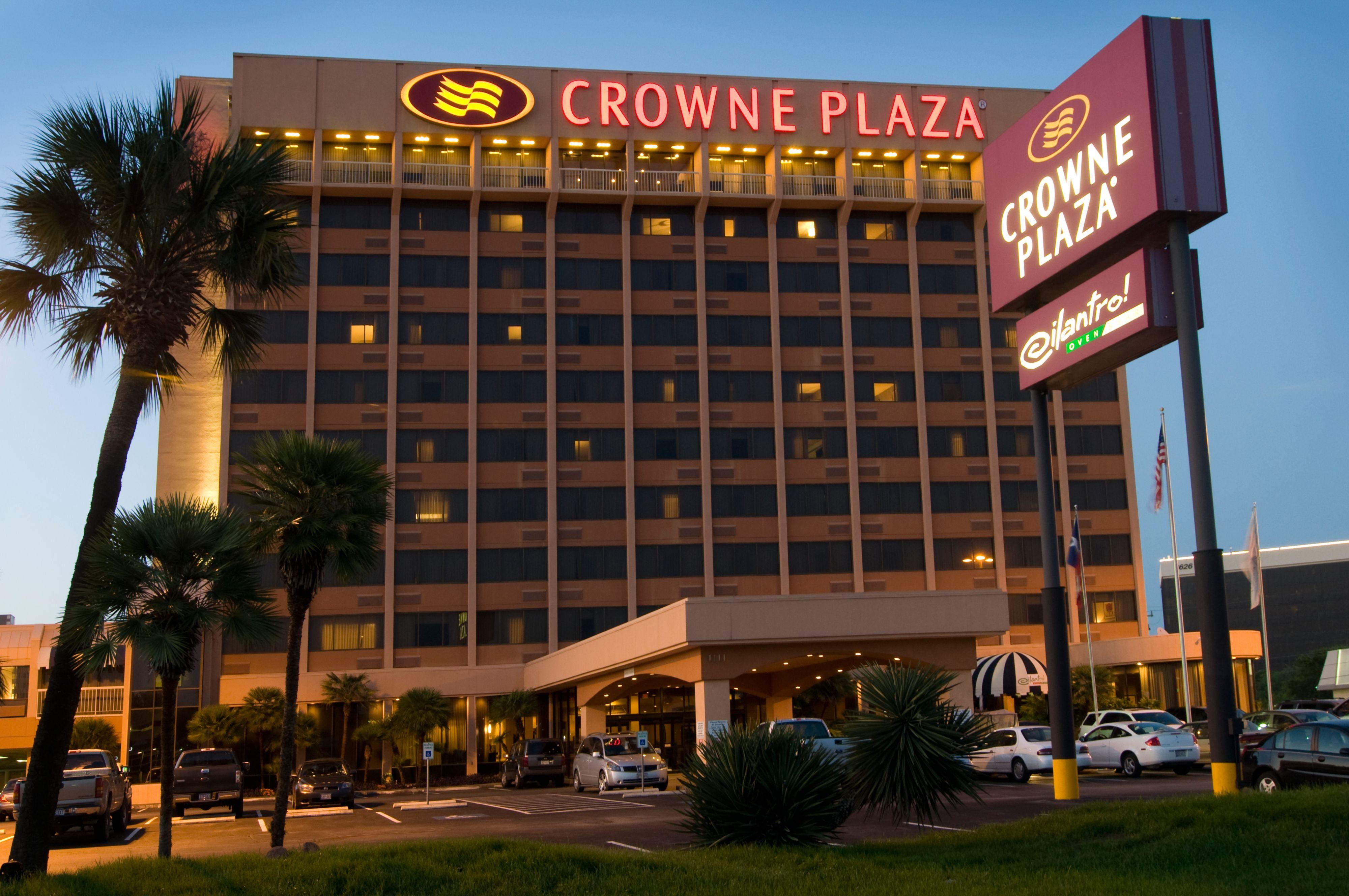 Crowne Plaza Richmond Downtown image 5