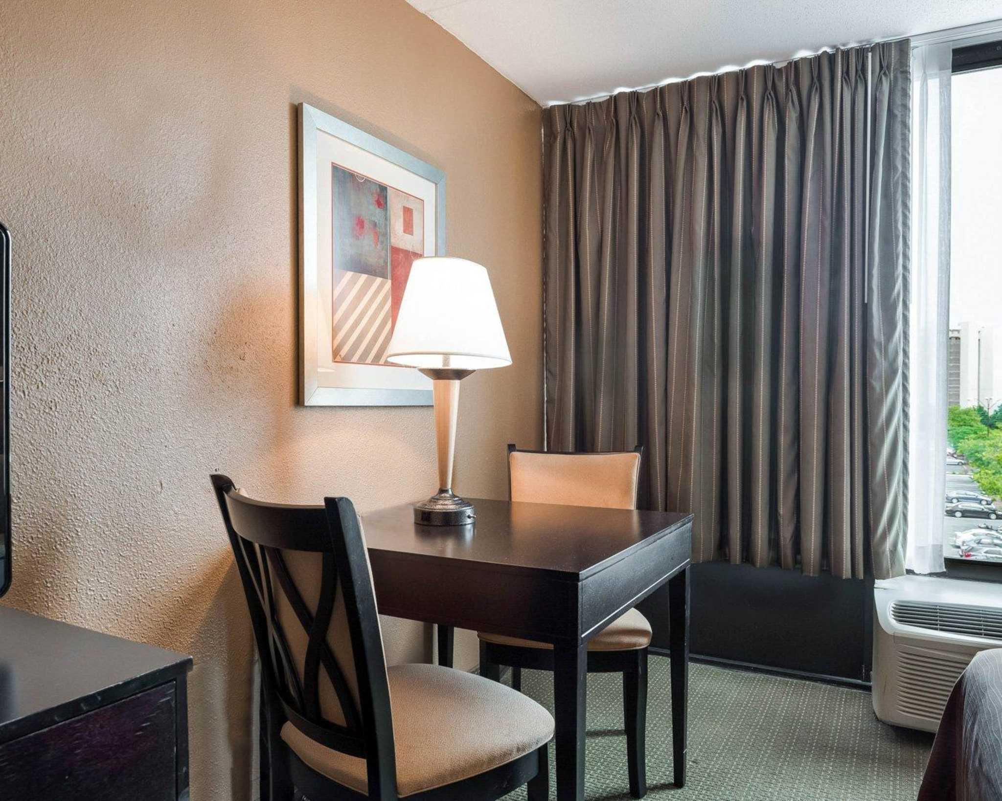 Comfort Inn Gold Coast image 15