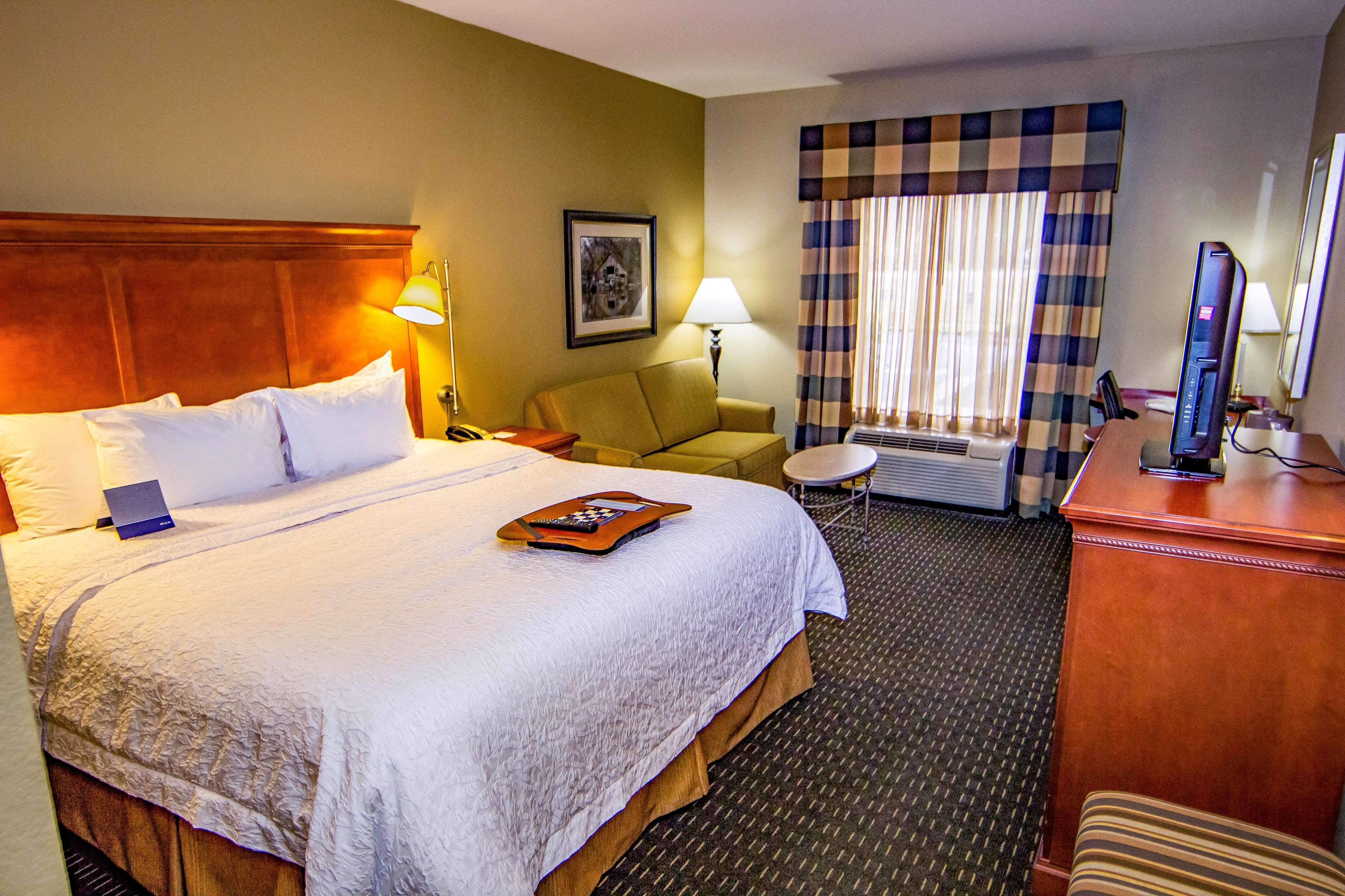 Hampton Inn & Suites Jackson image 32