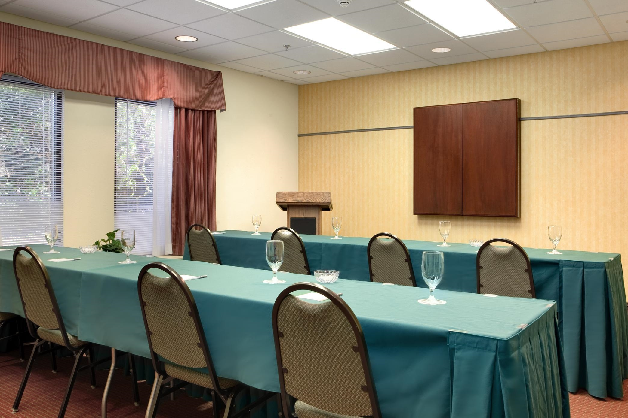 Hampton Inn Tallahassee-Central image 8