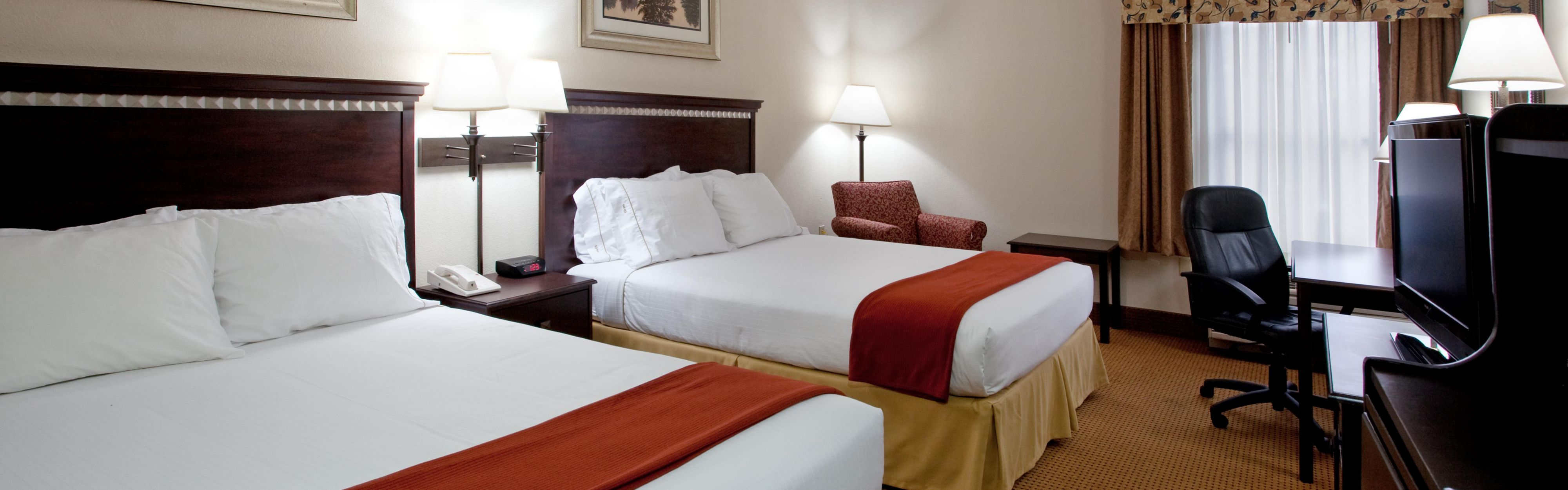 Holiday Inn Express & Suites Lexington-Hwy 378 image 1