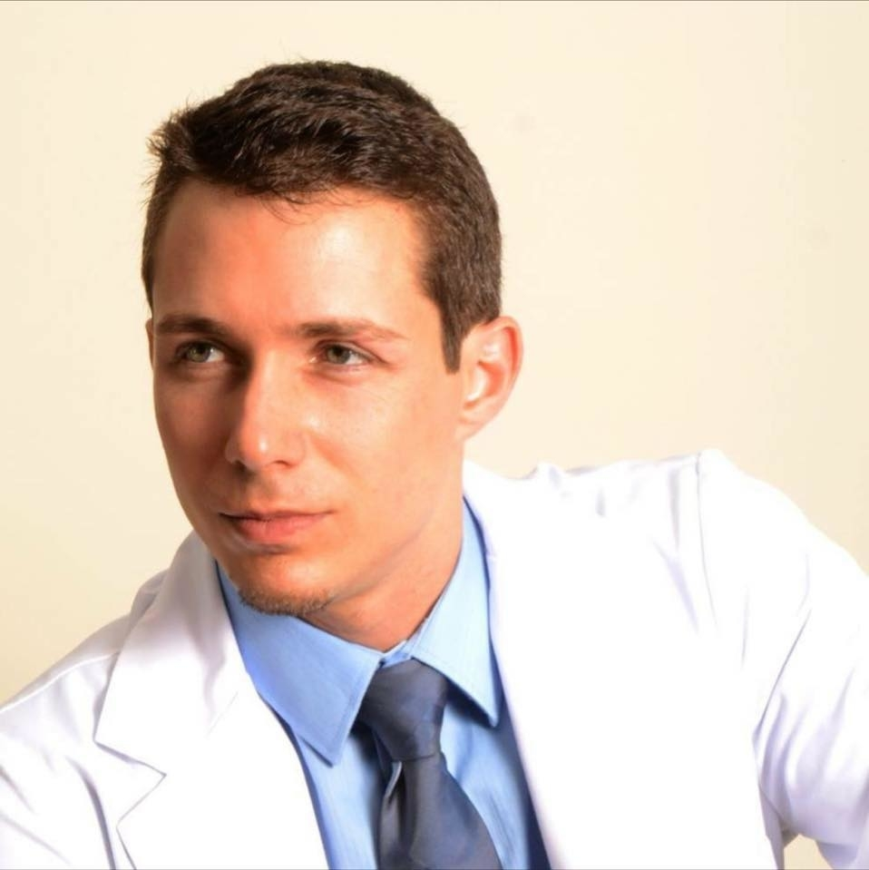 Dr Simon Tanguay, Chiropraticien