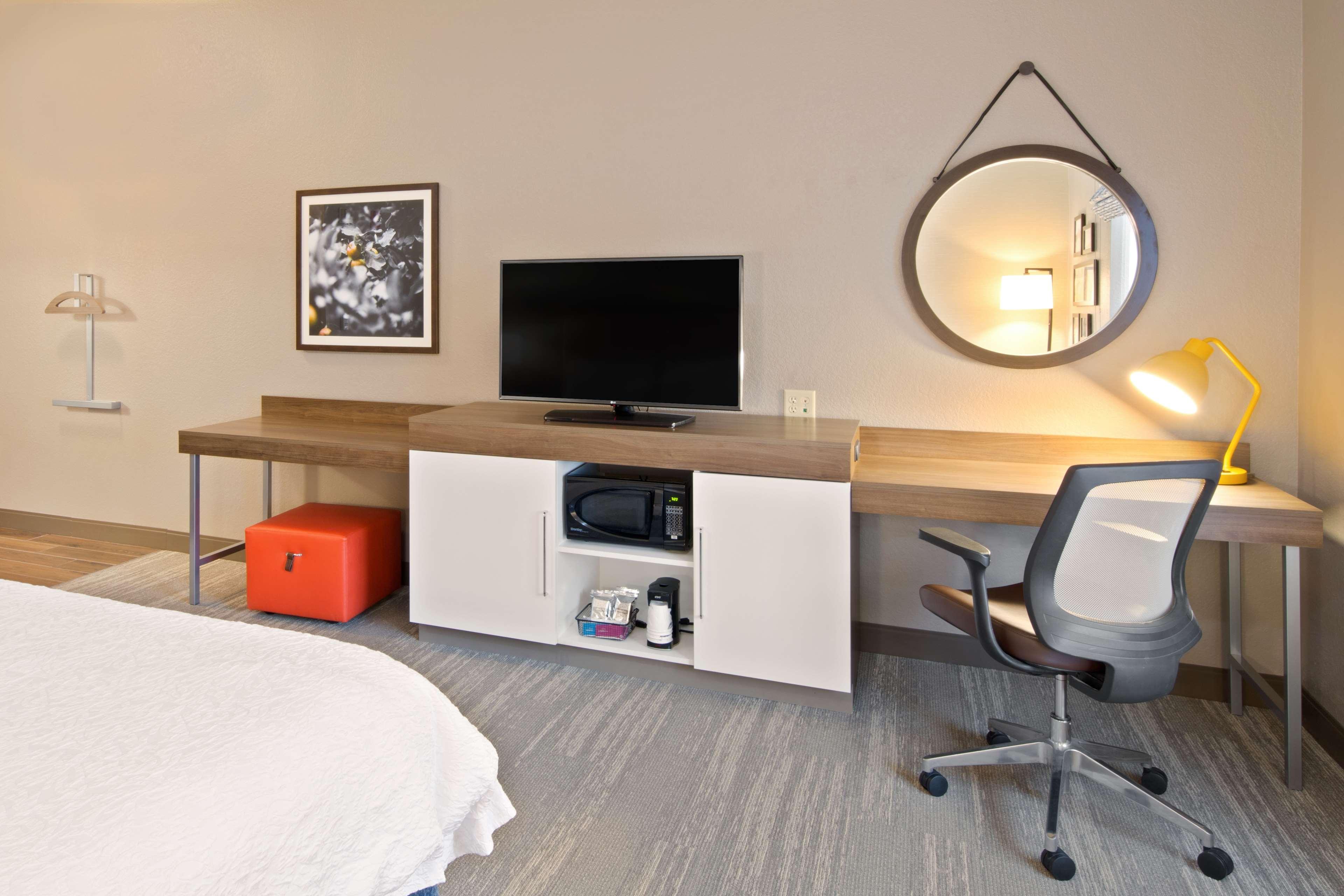 Hampton Inn & Suites Spokane Valley image 16
