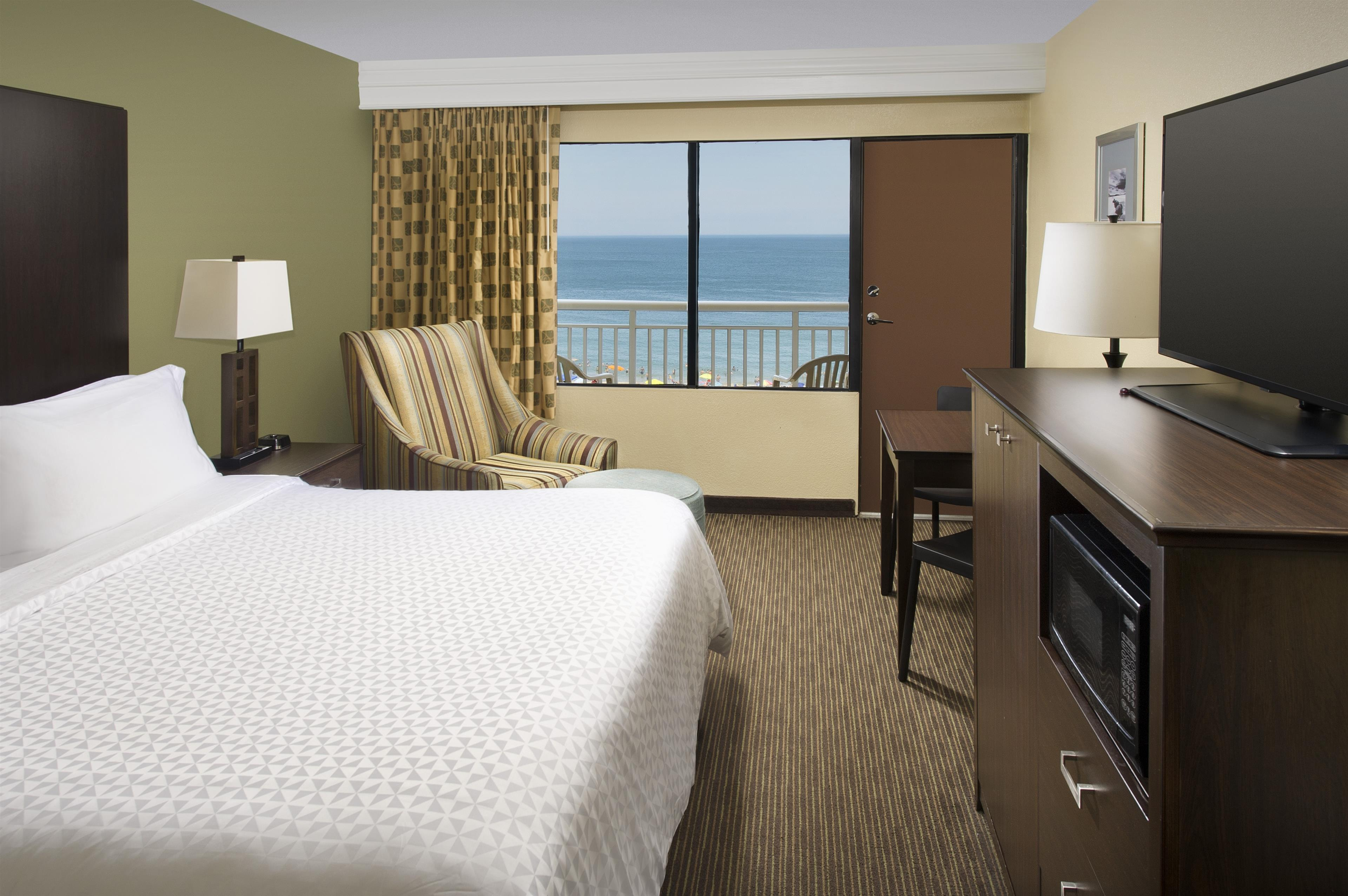 Four Points by Sheraton Virginia Beach Oceanfront image 3