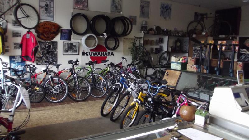 Hank's Cycle Shop in Nanaimo