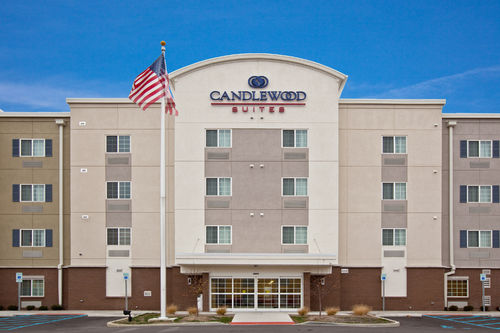 Candlewood Suites Indianapolis East image 1