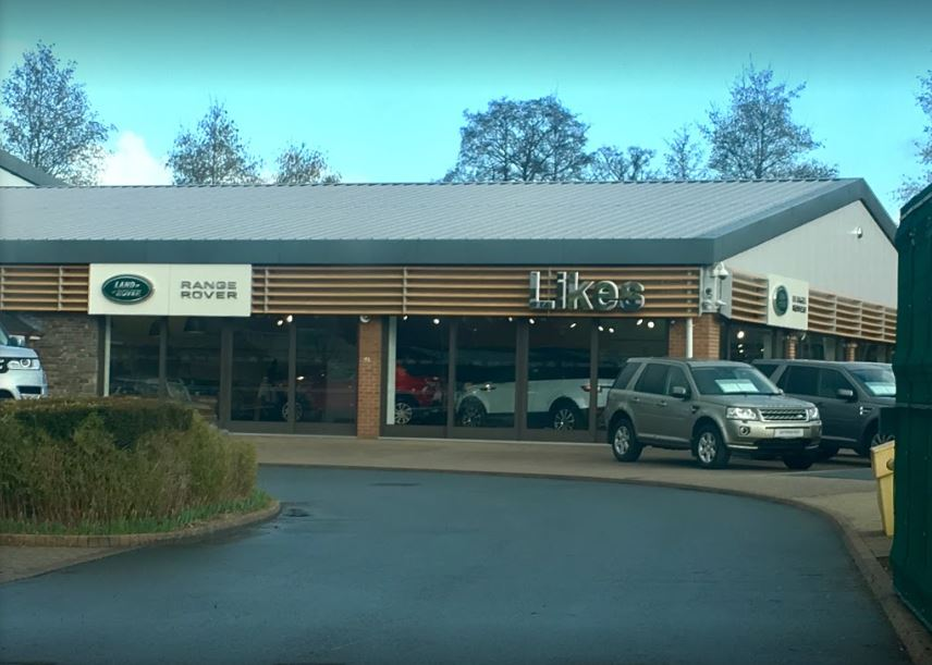 likes land rover hay on wye car dealers new used in brecon