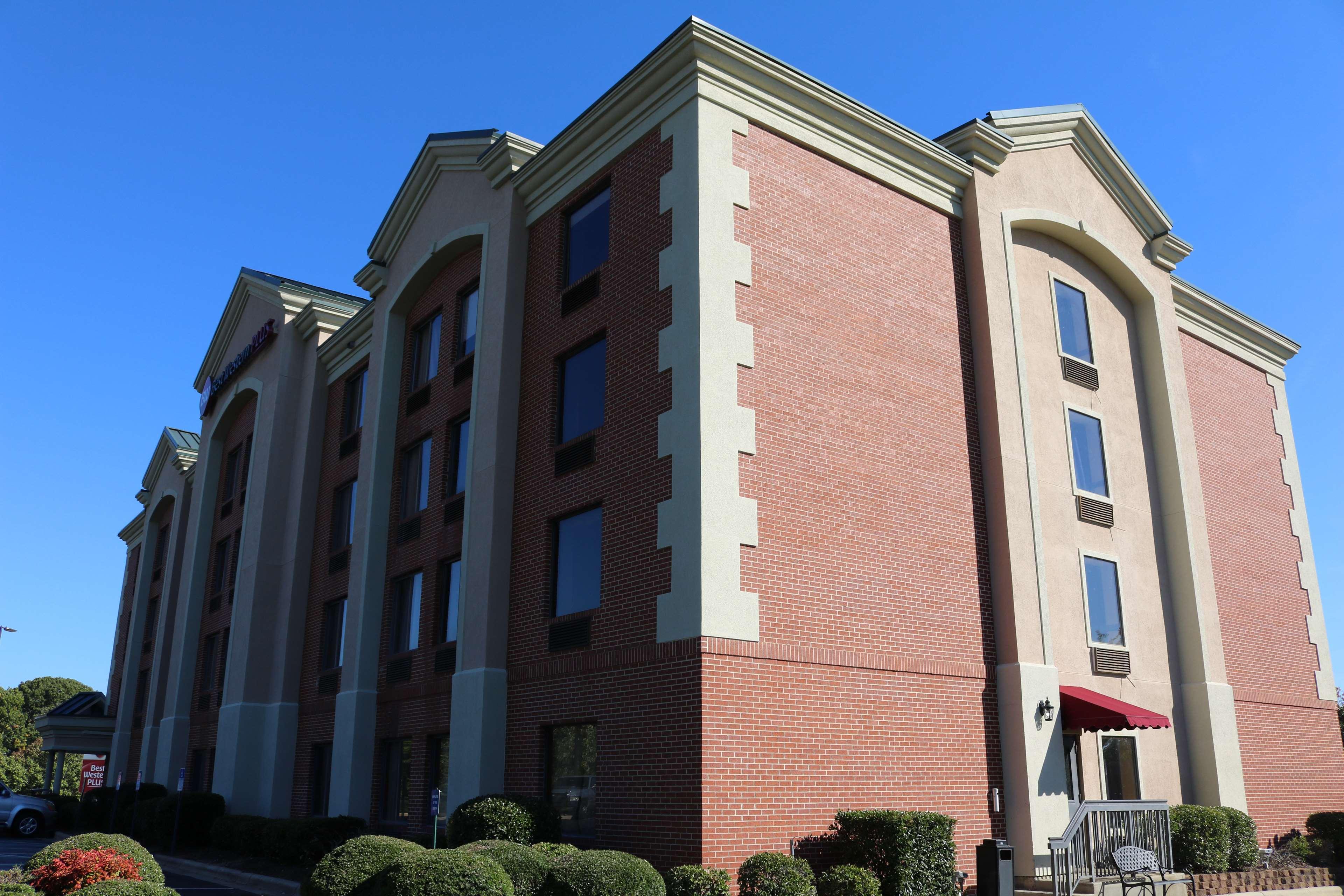 Best Western Plus Greensboro Airport Hotel image 15
