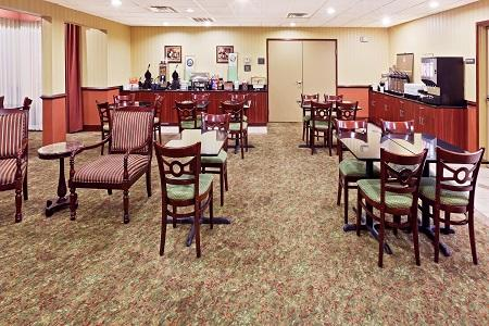 Country Inn & Suites by Radisson, Oklahoma City Airport, OK image 1