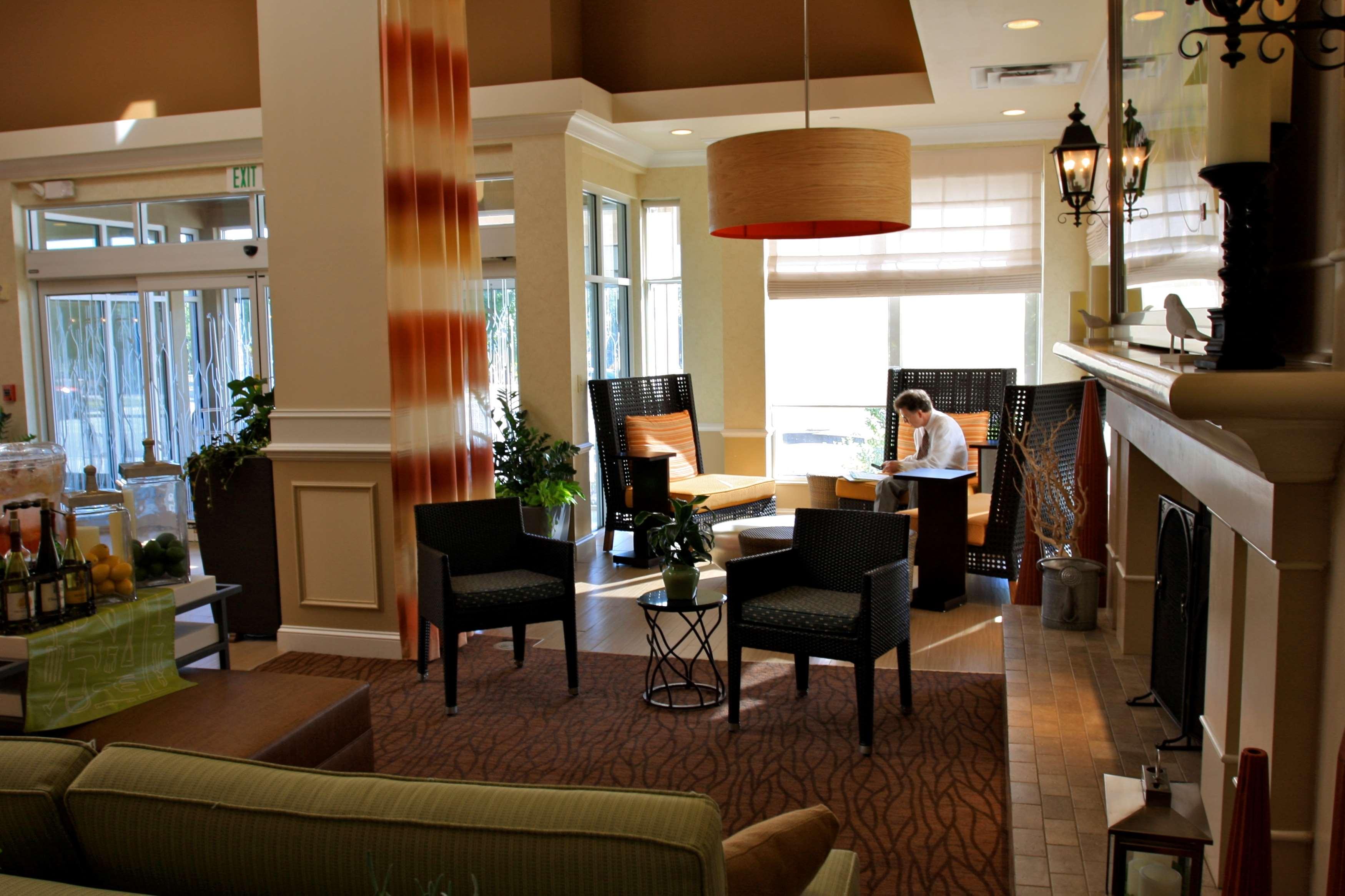 Hilton Garden Inn Albany image 8