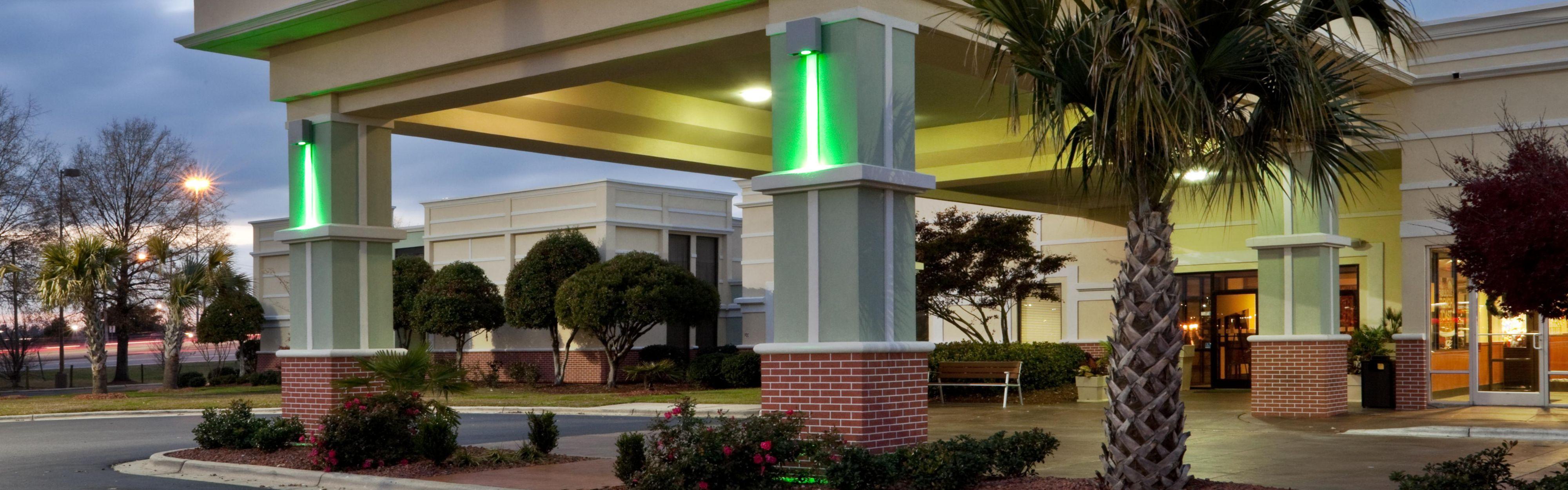 Holiday Inn Lumberton North - I-95 image 0