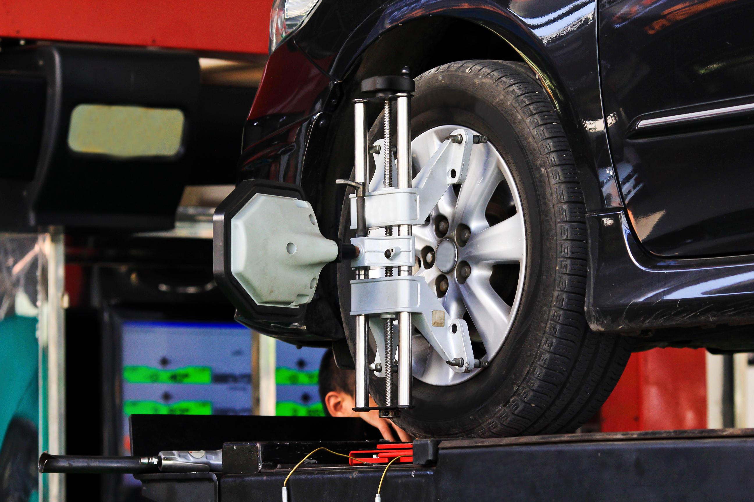 Lossie's Auto Service image 4