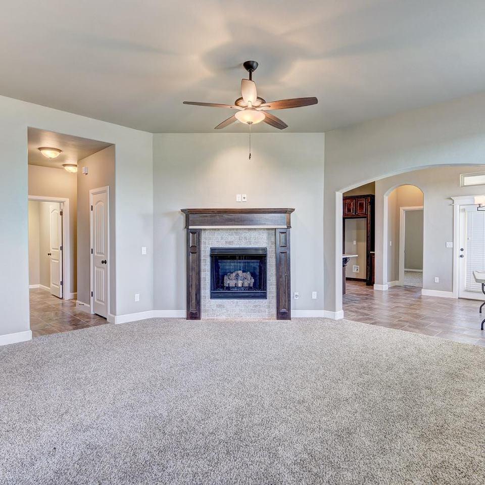 R & R Homes, LLC image 25