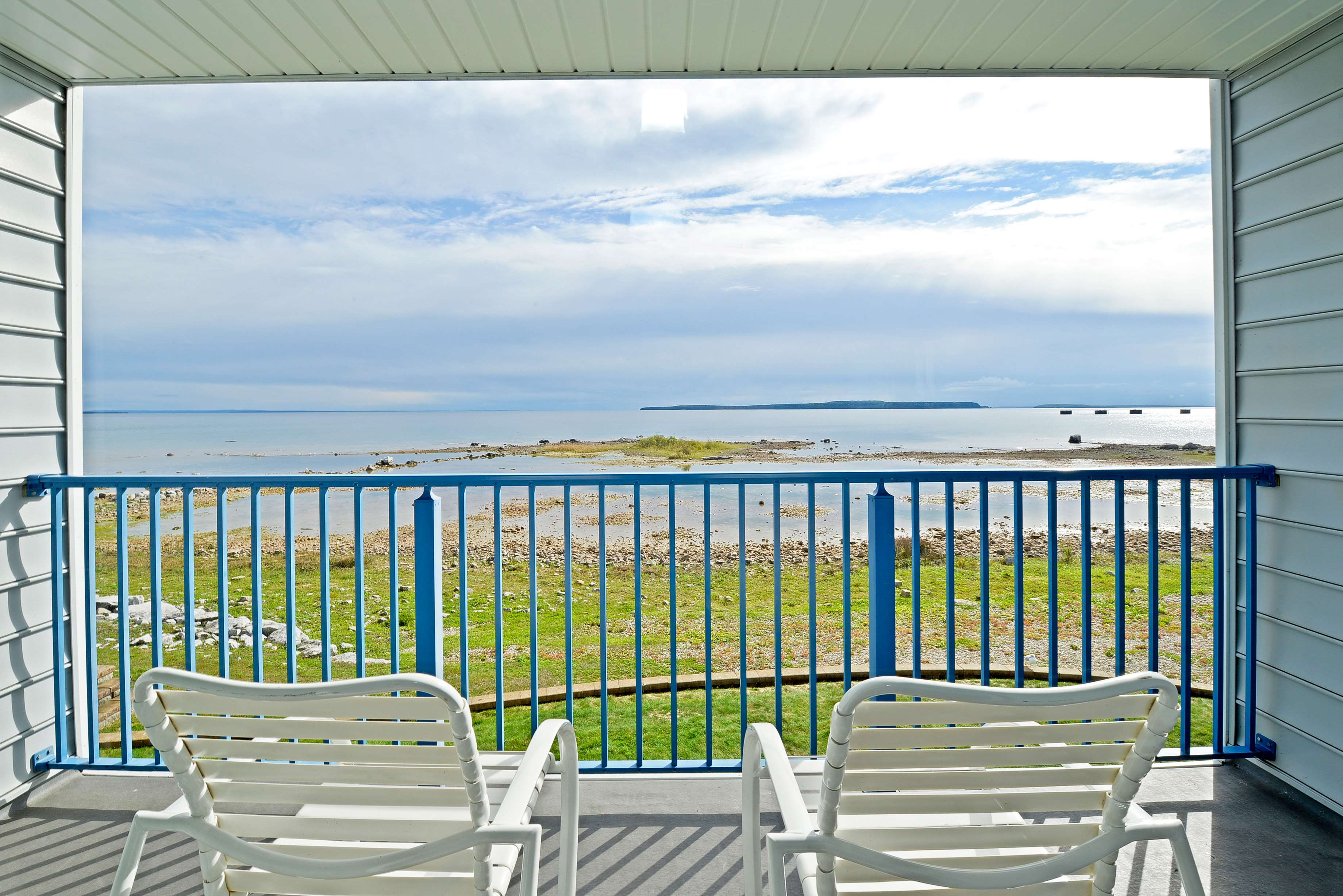 Best Western Harbour Pointe Lakefront image 34