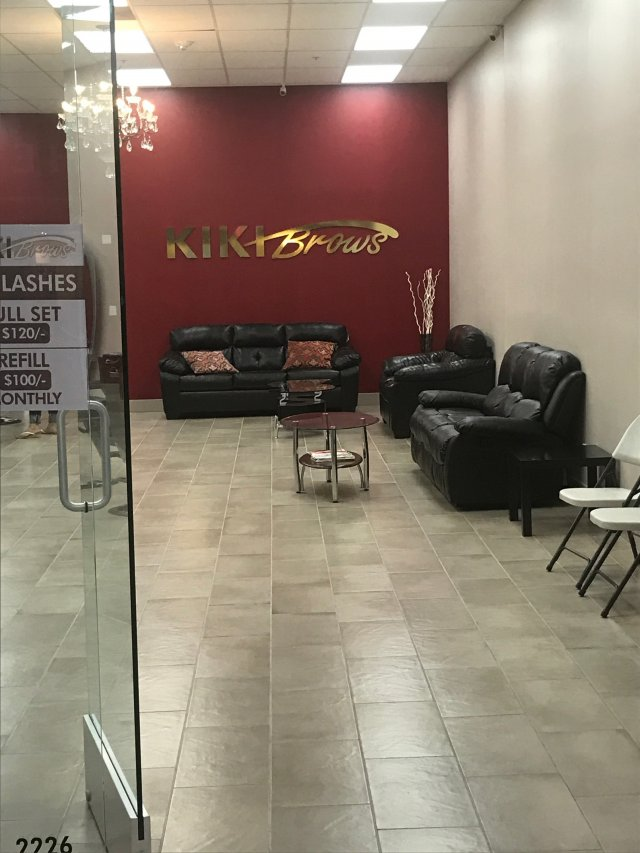 Kiki Brows image 0